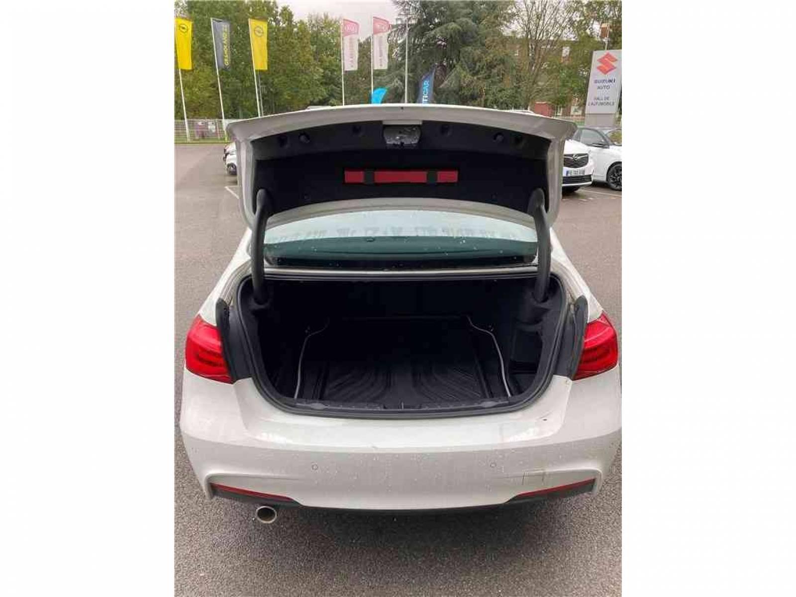 BMW 318d 150 ch BVA8 - véhicule d'occasion - Groupe Guillet - Chalon Automobiles - 71100 - Chalon-sur-Saône - 17