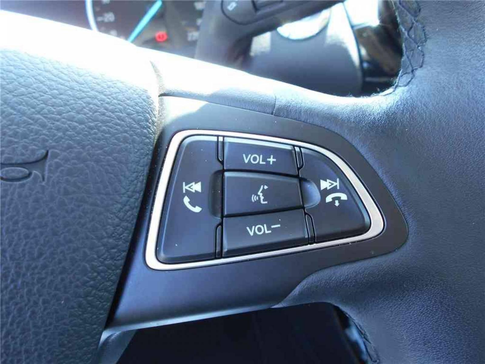 FORD EcoSport 1.0 EcoBoost 125 BVM6 - véhicule d'occasion - Groupe Guillet - Chalon Automobiles - 71100 - Chalon-sur-Saône - 17