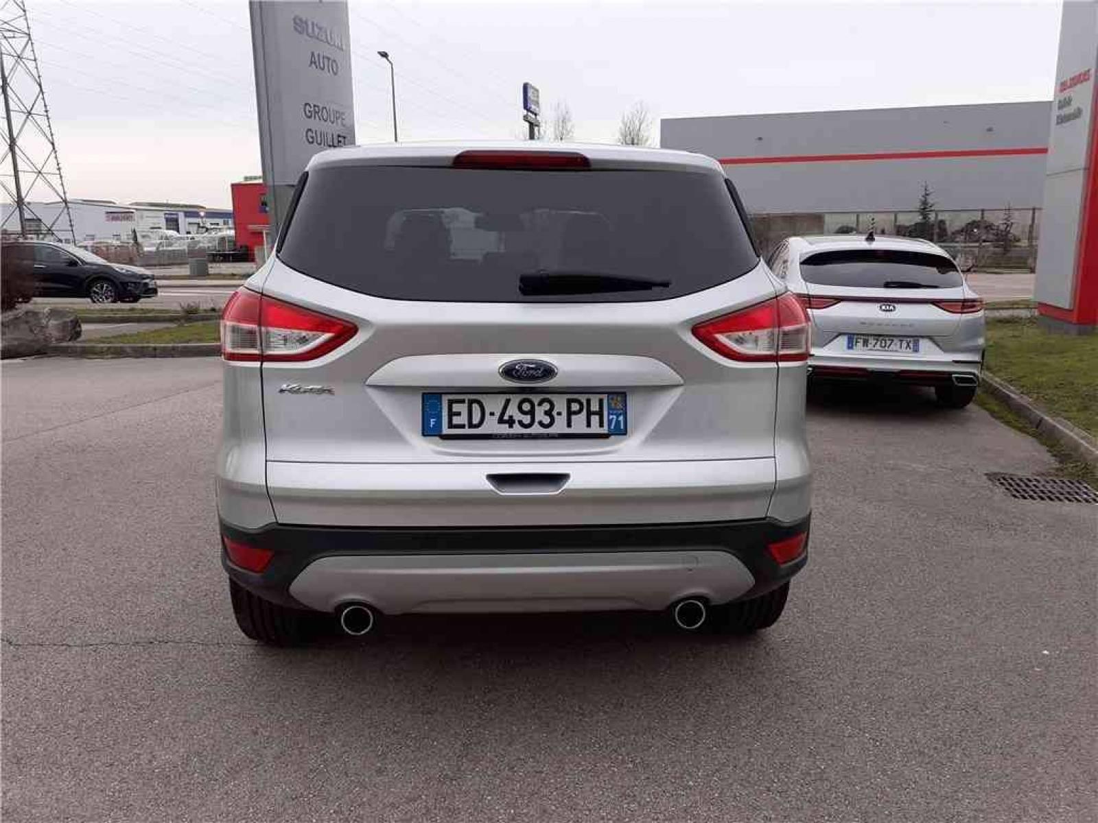 FORD Kuga 2.0 TDCi 150 S&S 4x4 - véhicule d'occasion - Groupe Guillet - Hall de l'automobile - Chalon sur Saône - 71380 - Saint-Marcel - 6