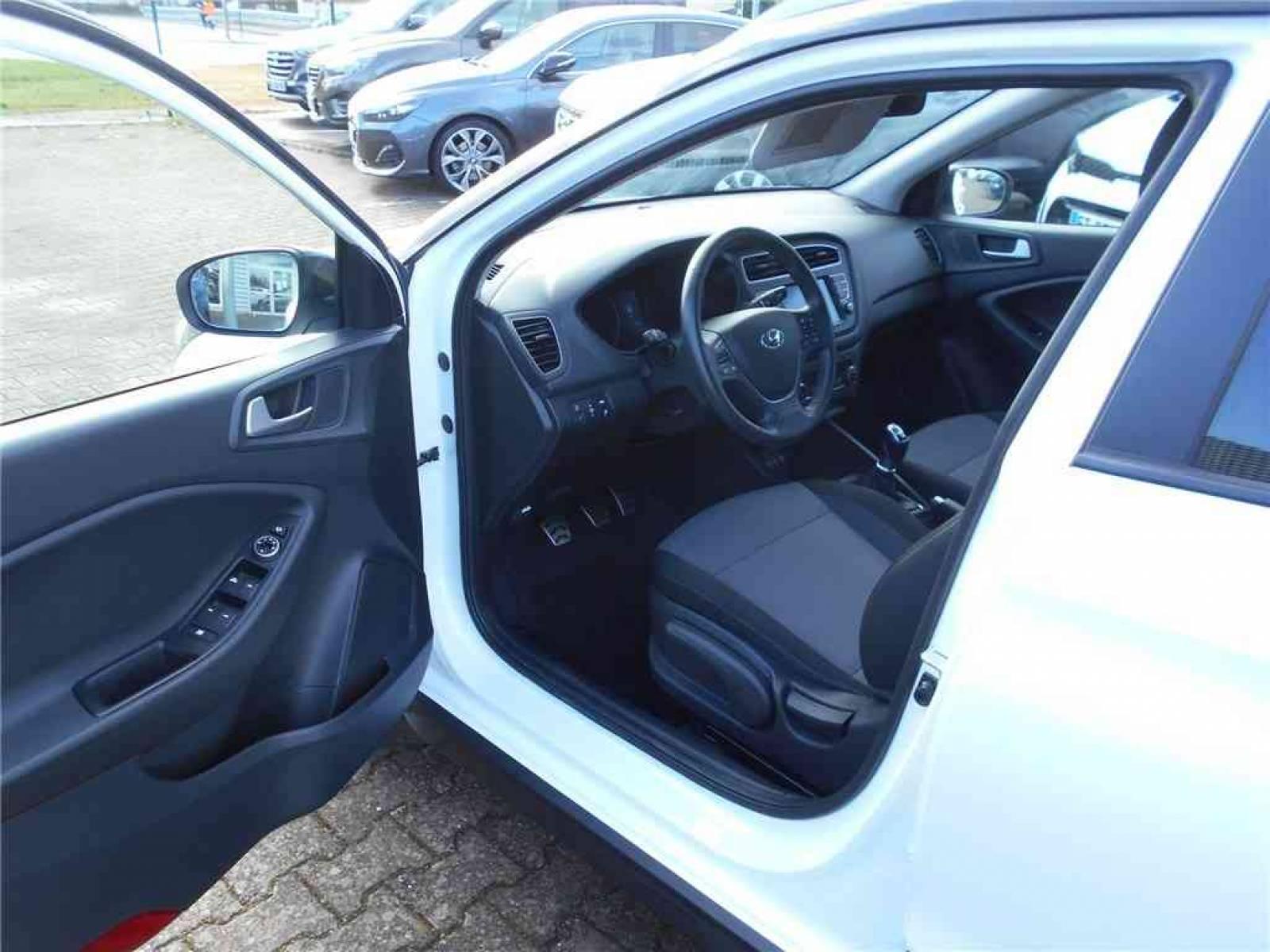 HYUNDAI i20 Active 1.0 T-GDi 100 - véhicule d'occasion - Groupe Guillet - Chalon Automobiles - 71100 - Chalon-sur-Saône - 11