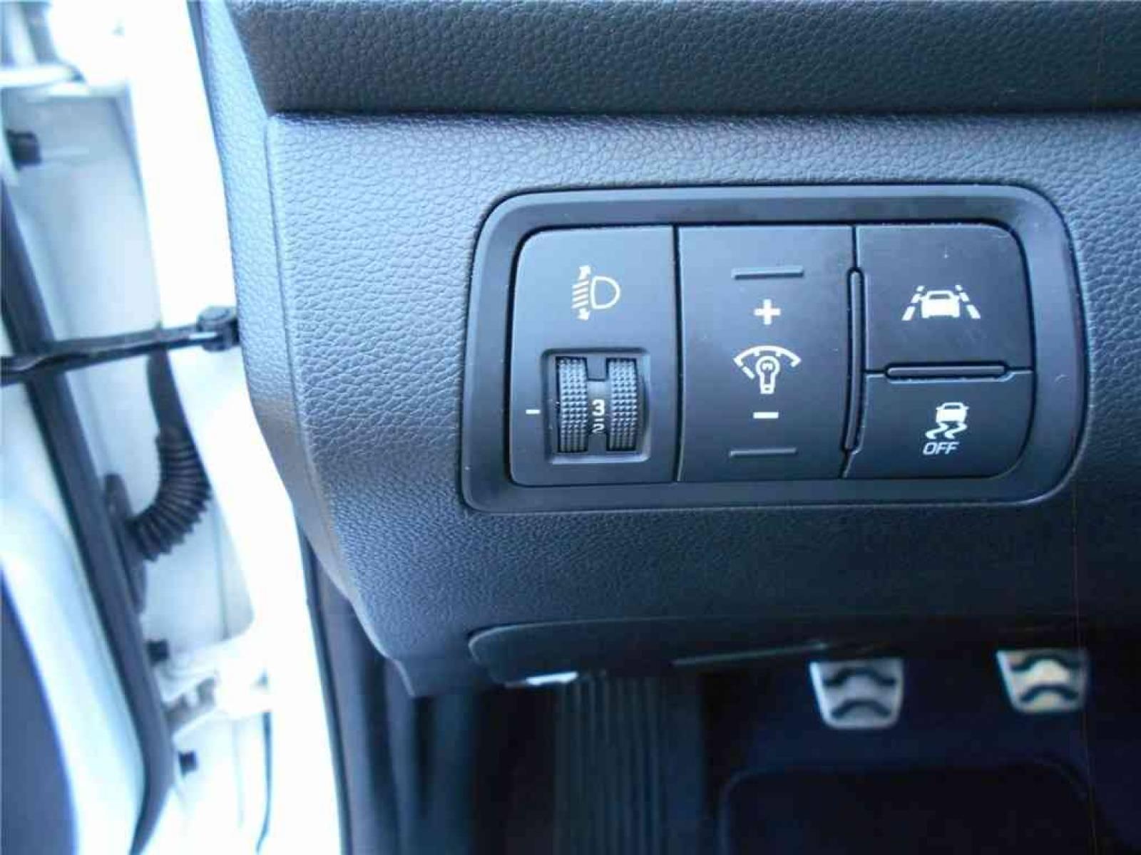 HYUNDAI i20 Active 1.0 T-GDi 100 - véhicule d'occasion - Groupe Guillet - Chalon Automobiles - 71100 - Chalon-sur-Saône - 13
