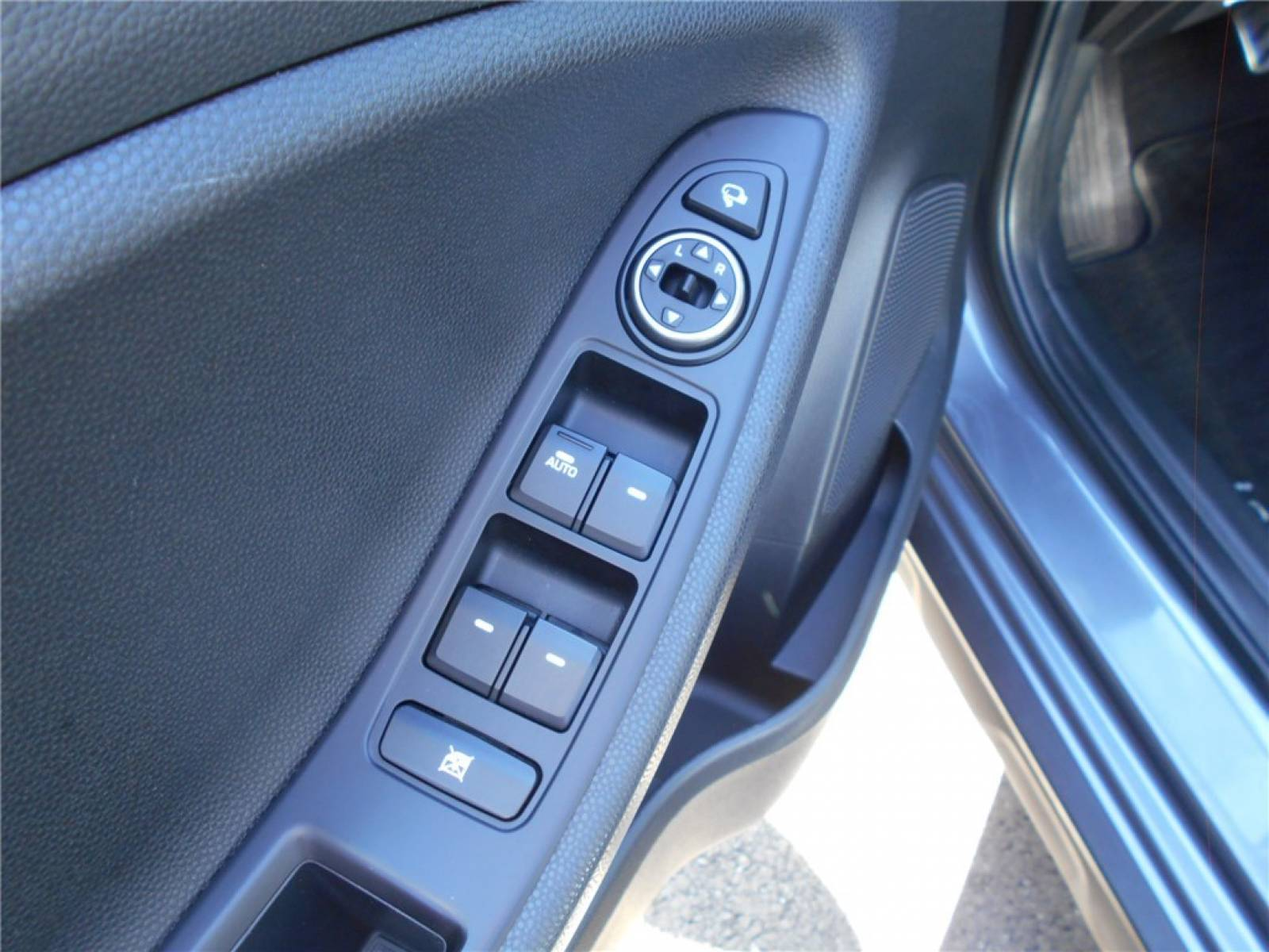 HYUNDAI i20 Active 1.0 T-GDi 100 - véhicule d'occasion - Groupe Guillet - Chalon Automobiles - 71100 - Chalon-sur-Saône - 9