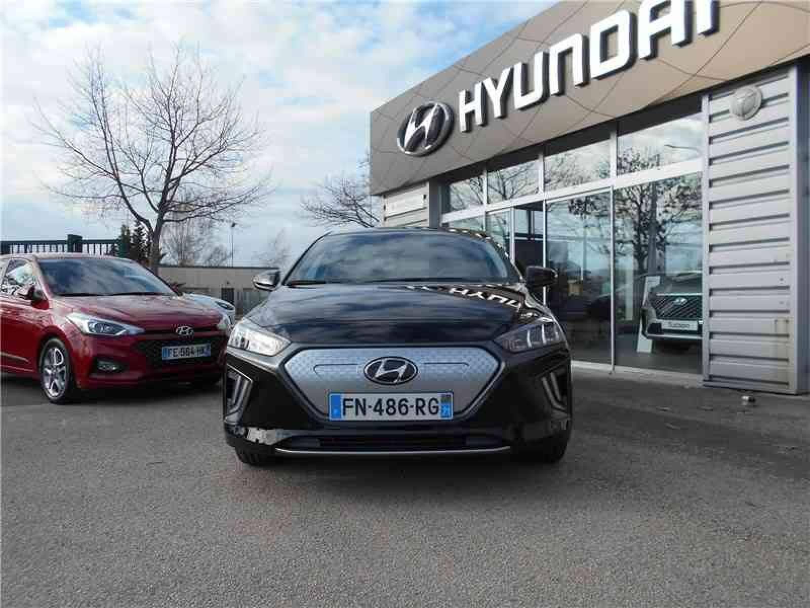 HYUNDAI Ioniq Electric 136 ch - véhicule d'occasion - Groupe Guillet - Chalon Automobiles - 71100 - Chalon-sur-Saône - 2