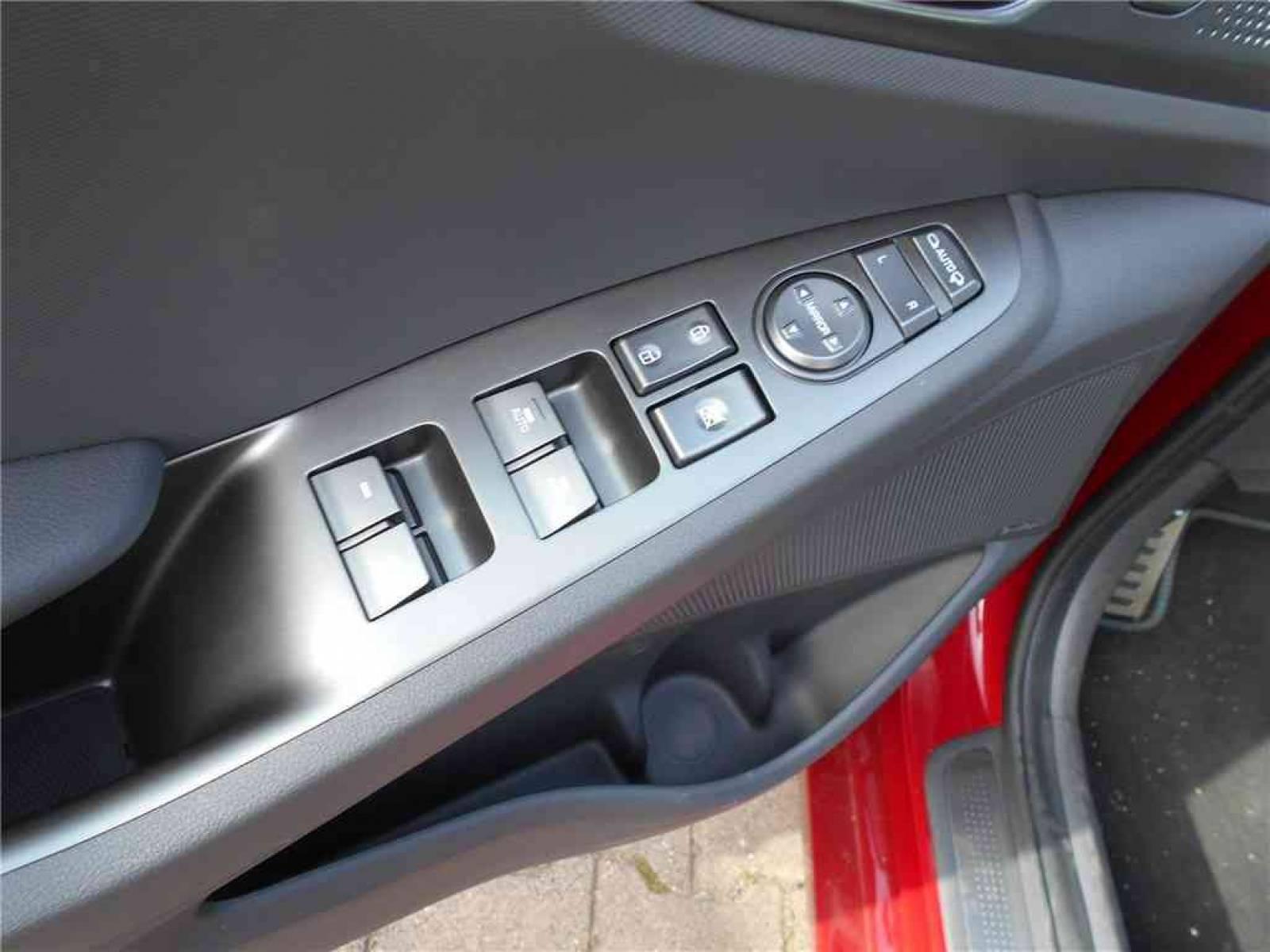 HYUNDAI Ioniq Plug-in 141 ch - véhicule d'occasion - Groupe Guillet - Chalon Automobiles - 71100 - Chalon-sur-Saône - 21