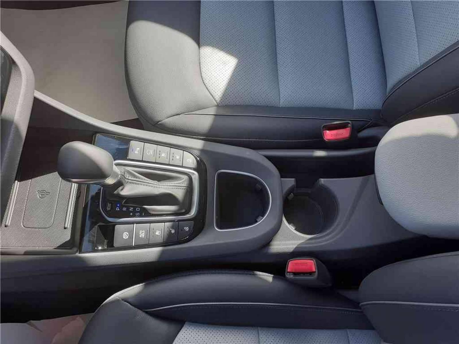 HYUNDAI Ioniq Plug-in 141 ch - véhicule d'occasion - Groupe Guillet - Chalon Automobiles - 71100 - Chalon-sur-Saône - 23