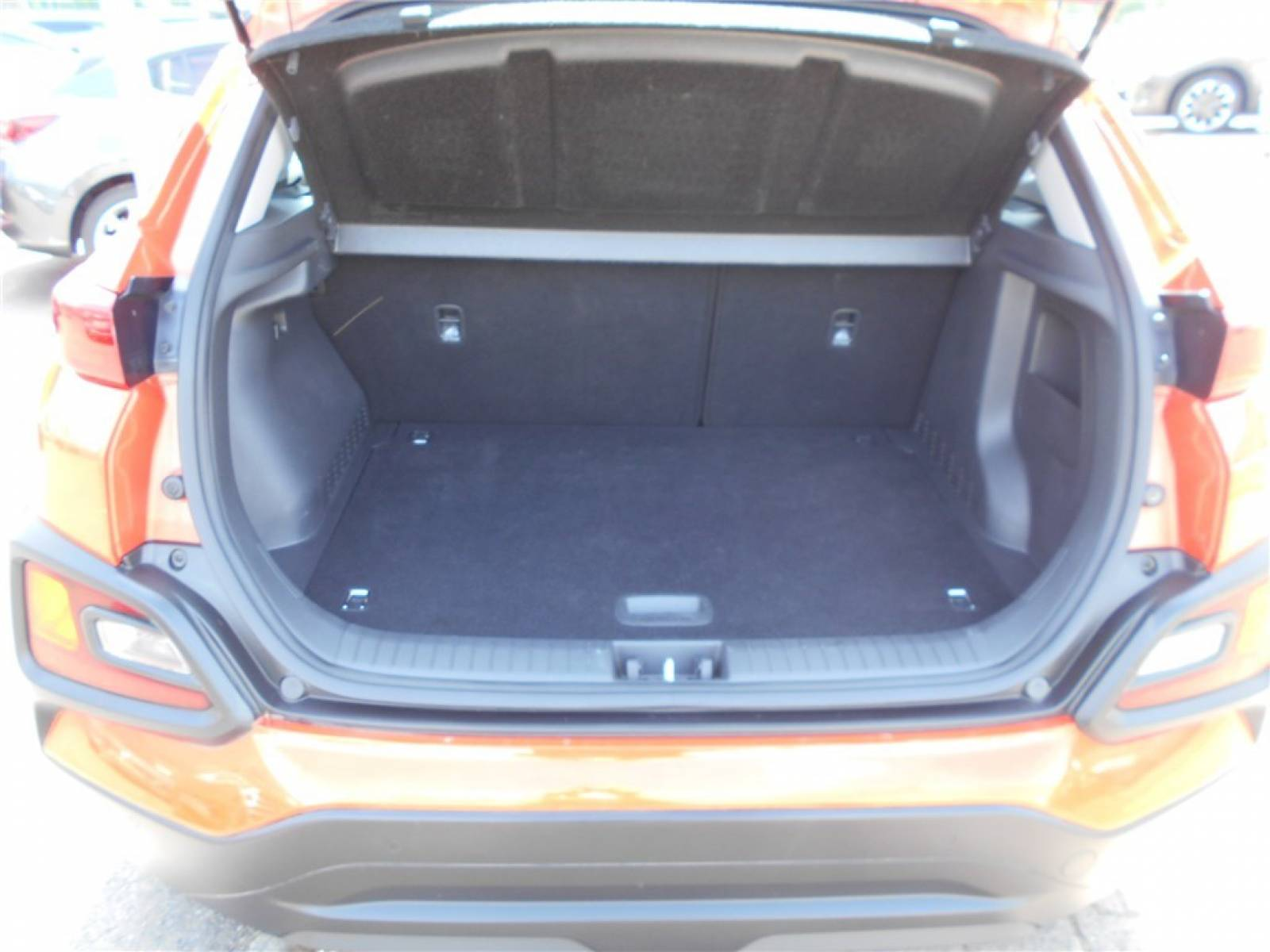 HYUNDAI Kona 1.6 CRDi 115 - véhicule d'occasion - Groupe Guillet - Chalon Automobiles - 71100 - Chalon-sur-Saône - 5