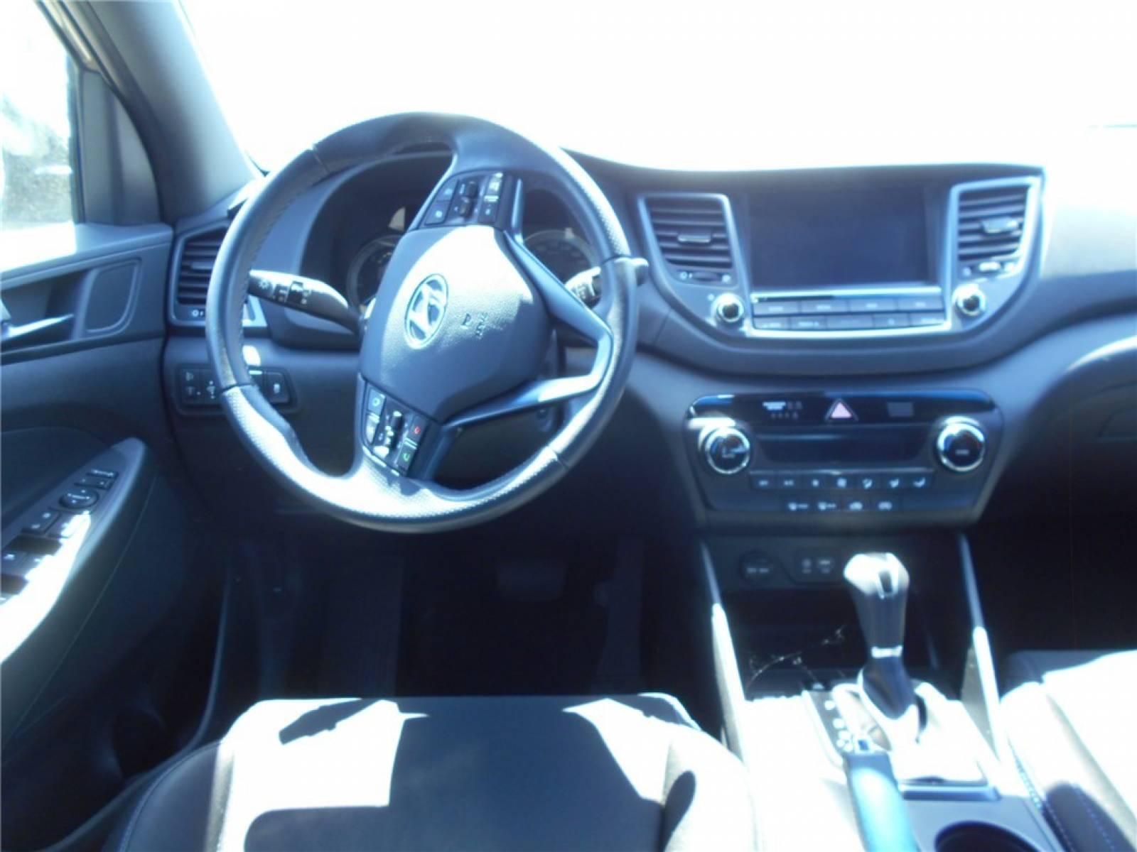 HYUNDAI Tucson 1.7 CRDi 141 2WD DCT-7 - véhicule d'occasion - Groupe Guillet - Chalon Automobiles - 71100 - Chalon-sur-Saône - 3