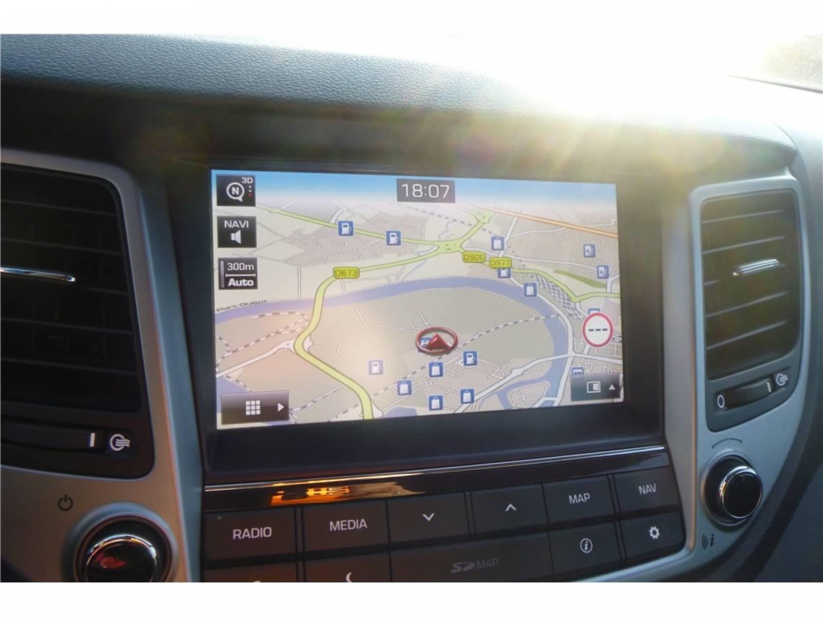 HYUNDAI Tucson 1.7 CRDi 141 2WD DCT-7 - véhicule d'occasion - Groupe Guillet - Chalon Automobiles - 71100 - Chalon-sur-Saône - 36