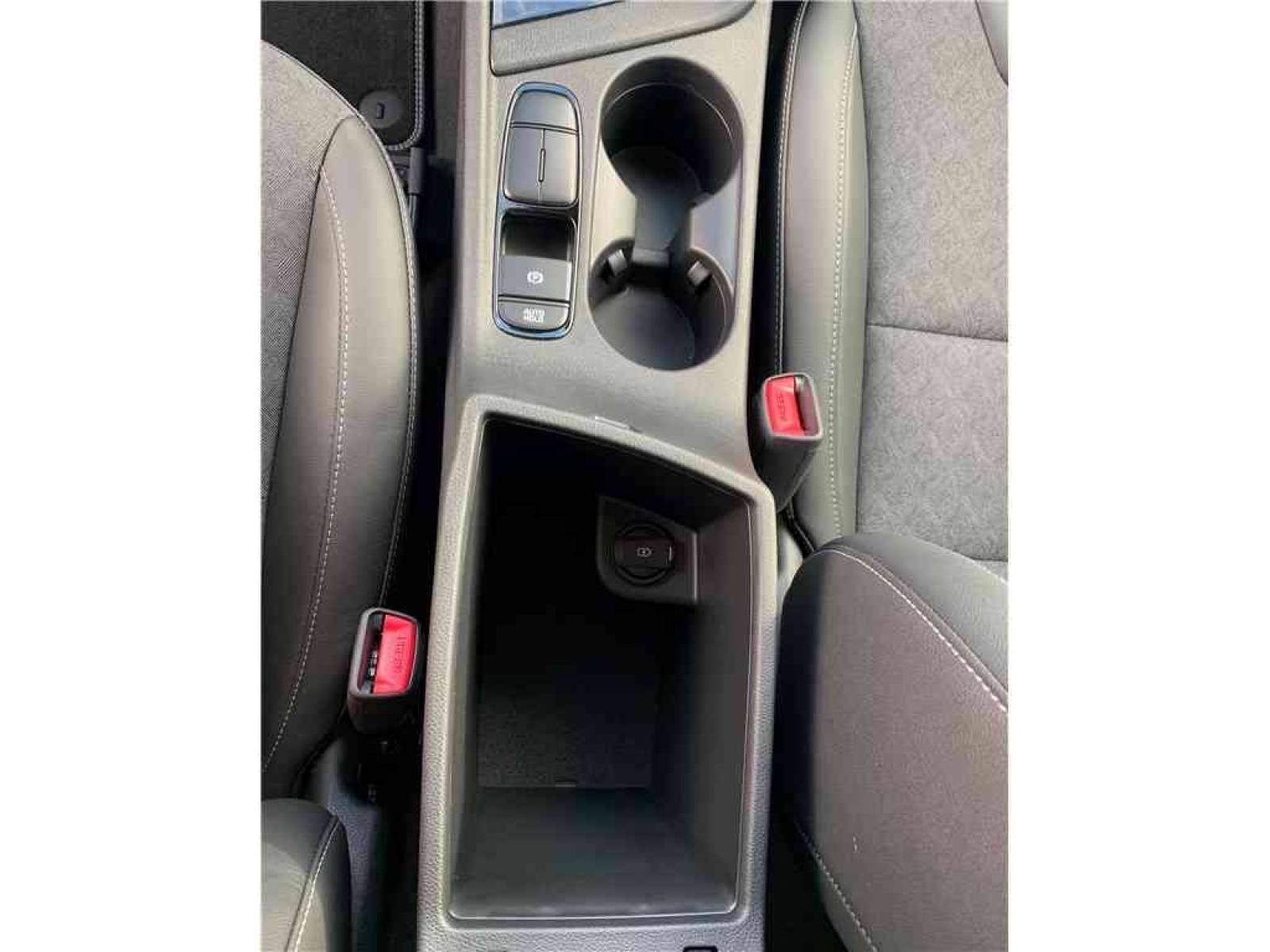 KIA Niro Hybrid Recharg 1.6 GDi 105 ch ISG + Elec 60.5 ch DCT6 - véhicule d'occasion - Groupe Guillet - Hall de l'automobile - Montceau les Mines - 71300 - Montceau-les-Mines - 32