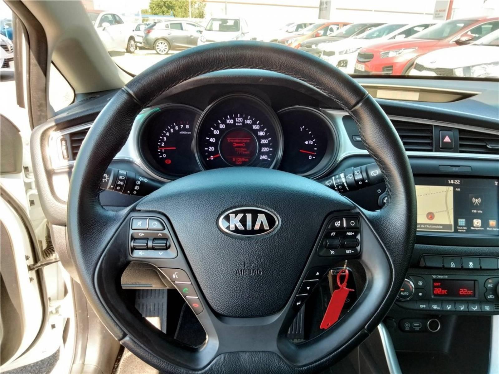 KIA Pro_Cee'd Coupé 1.0 T-GDI 120 ch ISG - véhicule d'occasion - Groupe Guillet - Hall de l'automobile - Chalon sur Saône - 71380 - Saint-Marcel - 18