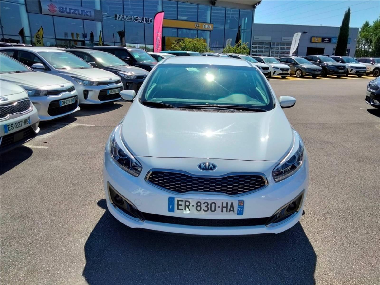 KIA Pro_Cee'd Coupé 1.0 T-GDI 120 ch ISG - véhicule d'occasion - Groupe Guillet - Hall de l'automobile - Chalon sur Saône - 71380 - Saint-Marcel - 38
