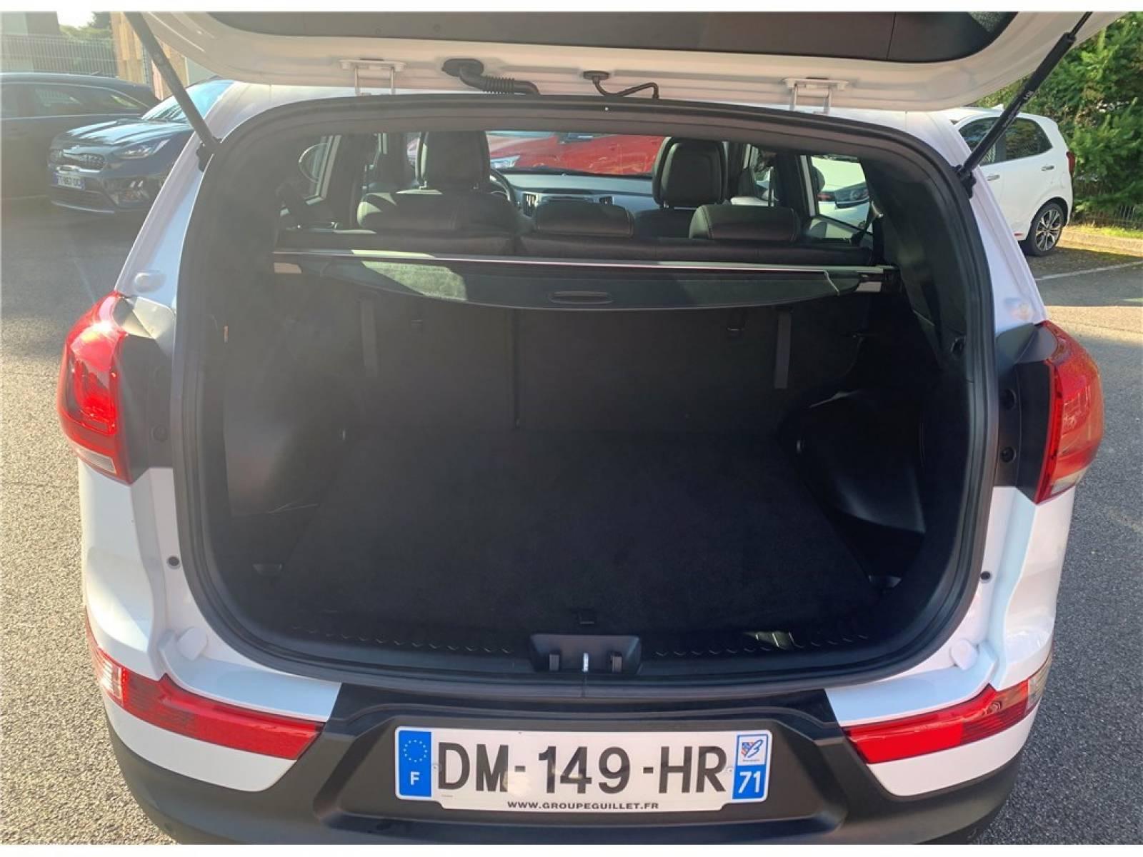 KIA Sportage 1.7 CRDi 115 ISG 4x2 - véhicule d'occasion - Groupe Guillet - Hall de l'automobile - Chalon sur Saône - 71380 - Saint-Marcel - 6