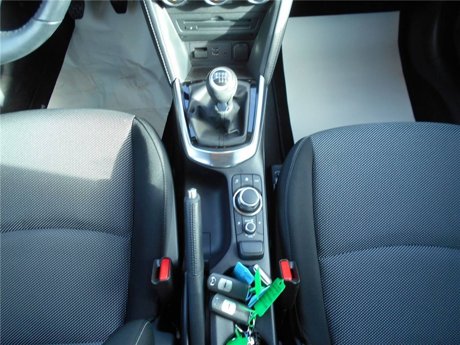 MAZDA Mazda2 1.5L SKYACTIV-G 115ch - véhicule d'occasion - Groupe Guillet - Chalon Automobiles - 71100 - Chalon-sur-Saône - 31