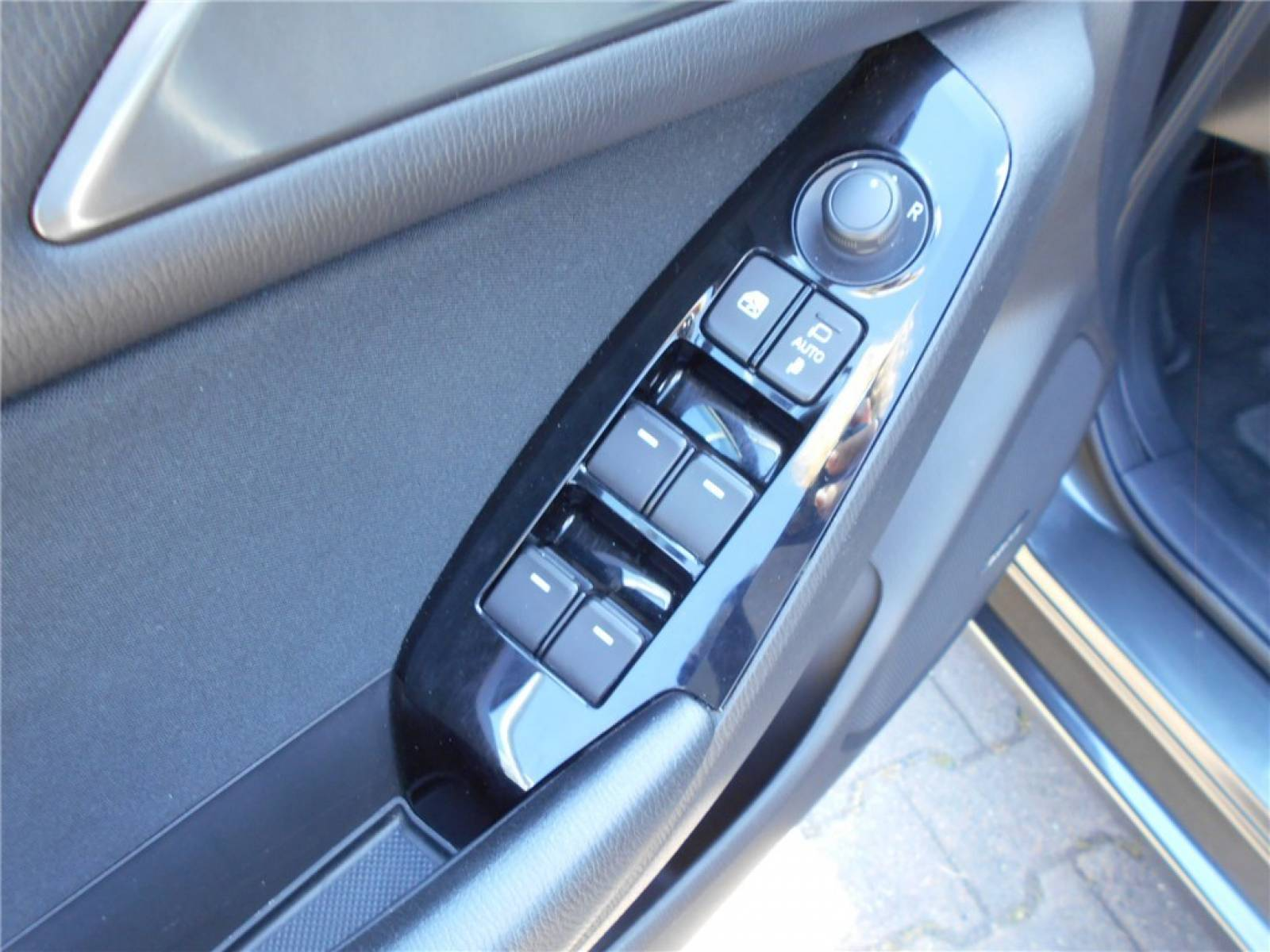 MAZDA Mazda3 2.2L SKYACTIV-D 150ch - véhicule d'occasion - Groupe Guillet - Chalon Automobiles - 71100 - Chalon-sur-Saône - 11