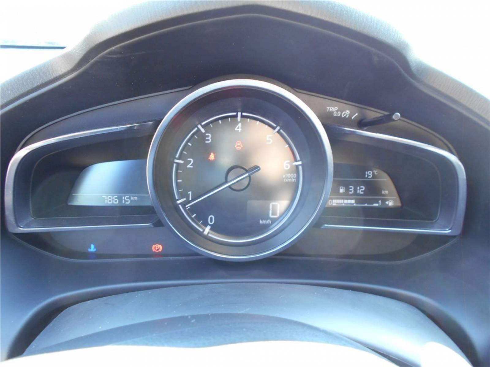 MAZDA Mazda3 2.2L SKYACTIV-D 150ch - véhicule d'occasion - Groupe Guillet - Chalon Automobiles - 71100 - Chalon-sur-Saône - 25