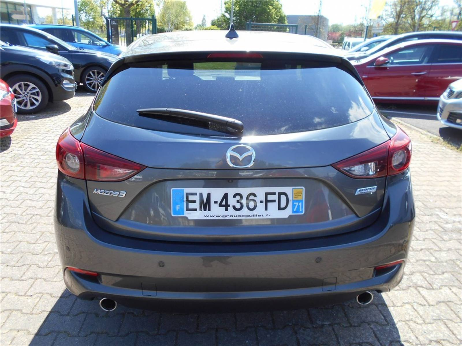 MAZDA Mazda3 2.2L SKYACTIV-D 150ch - véhicule d'occasion - Groupe Guillet - Chalon Automobiles - 71100 - Chalon-sur-Saône - 31