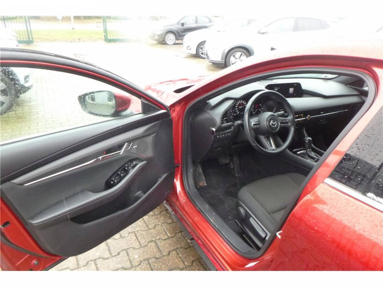MAZDA Mazda3 5 portes 2.0L SKYACTIV-G M Hybrid 122 ch BVA6 - véhicule d'occasion - Groupe Guillet - Chalon Automobiles - 71100 - Chalon-sur-Saône - 11