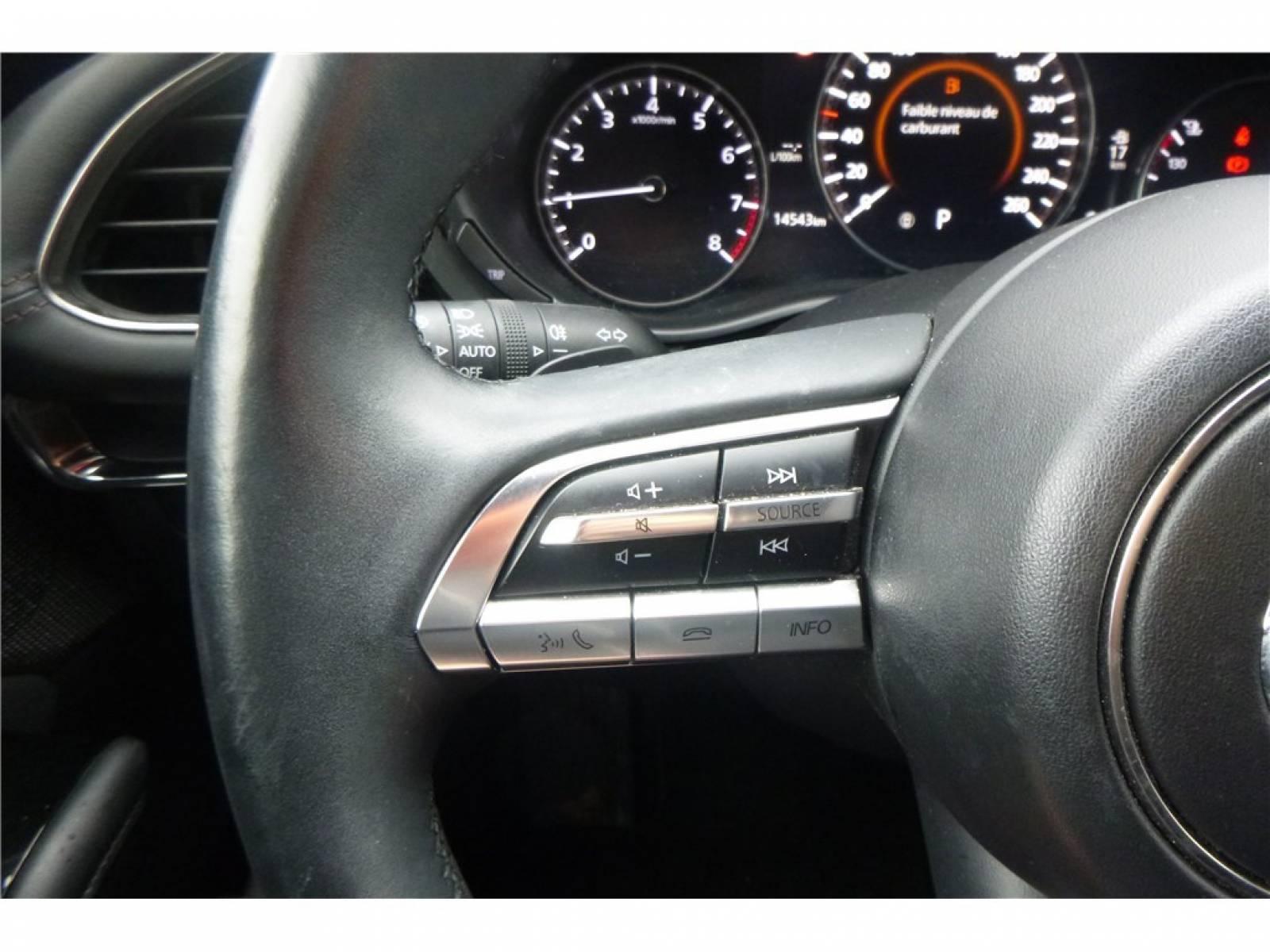 MAZDA Mazda3 5 portes 2.0L SKYACTIV-G M Hybrid 122 ch BVA6 - véhicule d'occasion - Groupe Guillet - Chalon Automobiles - 71100 - Chalon-sur-Saône - 21