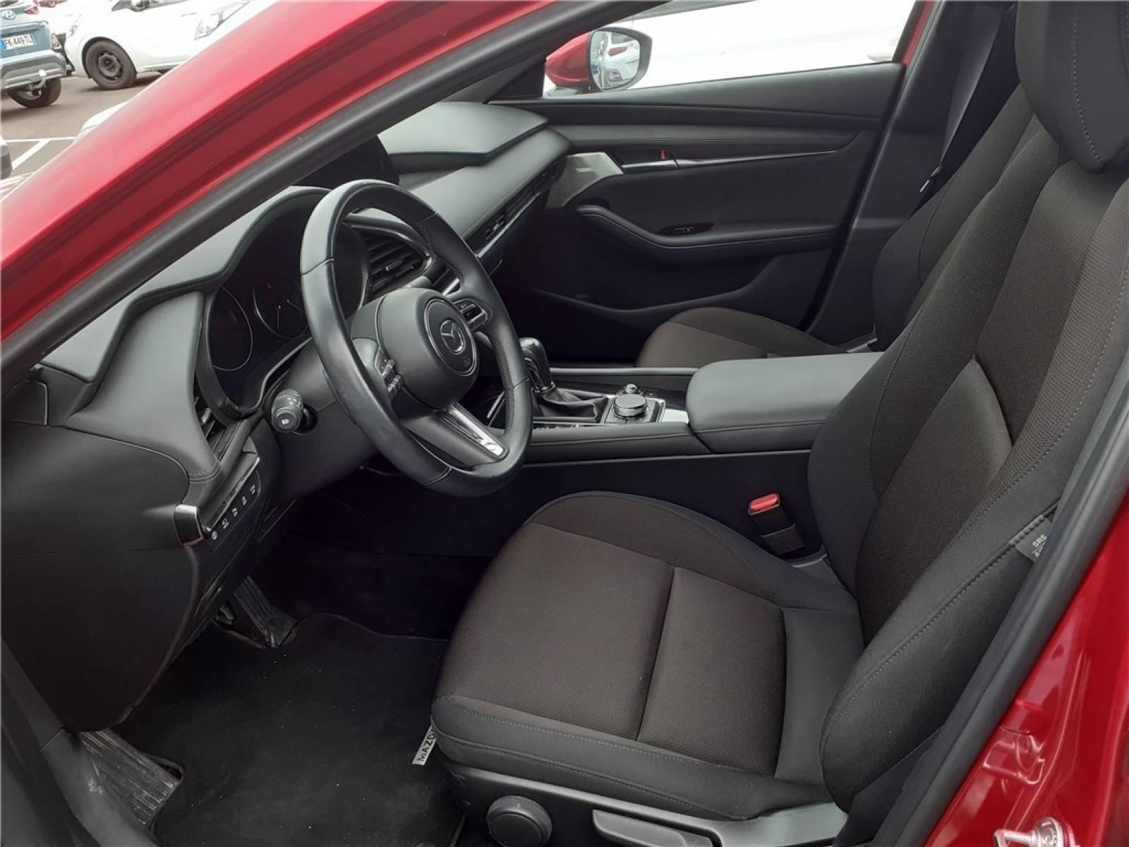MAZDA Mazda3 5 portes 2.0L SKYACTIV-G M Hybrid 122 ch BVA6 - véhicule d'occasion - Groupe Guillet - Chalon Automobiles - 71100 - Chalon-sur-Saône - 36