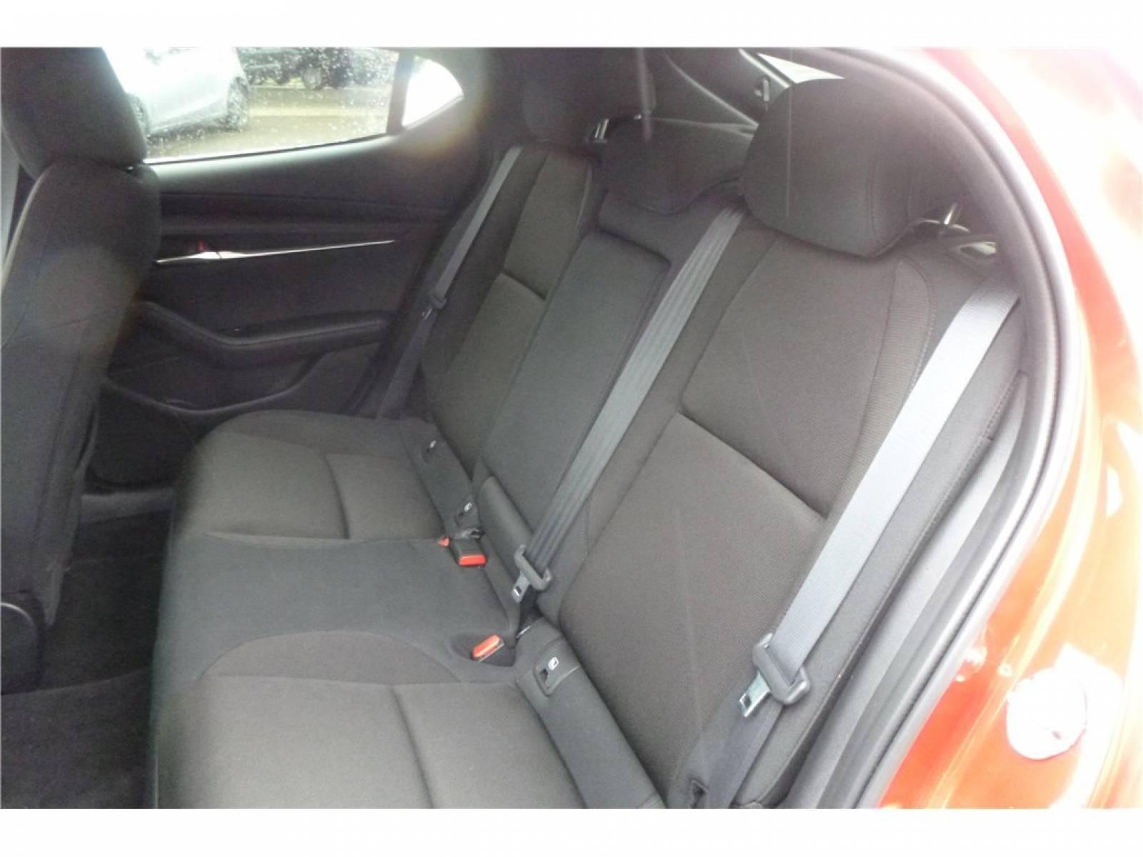 MAZDA Mazda3 5 portes 2.0L SKYACTIV-G M Hybrid 122 ch BVA6 - véhicule d'occasion - Groupe Guillet - Chalon Automobiles - 71100 - Chalon-sur-Saône - 10