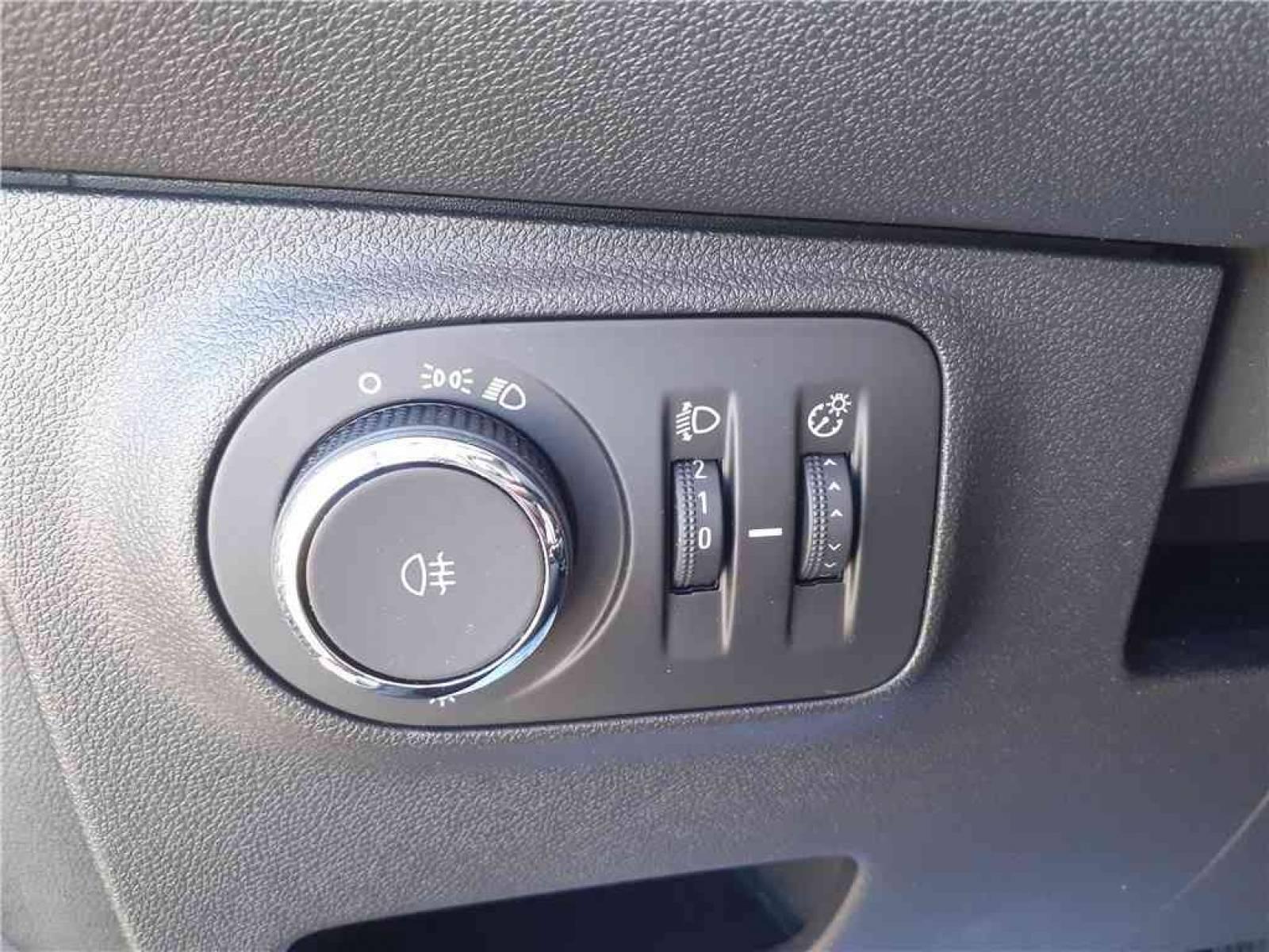 OPEL Adam 1.4 Twinport 87 ch S/S - véhicule d'occasion - Groupe Guillet - Opel Magicauto - Chalon-sur-Saône - 71380 - Saint-Marcel - 18