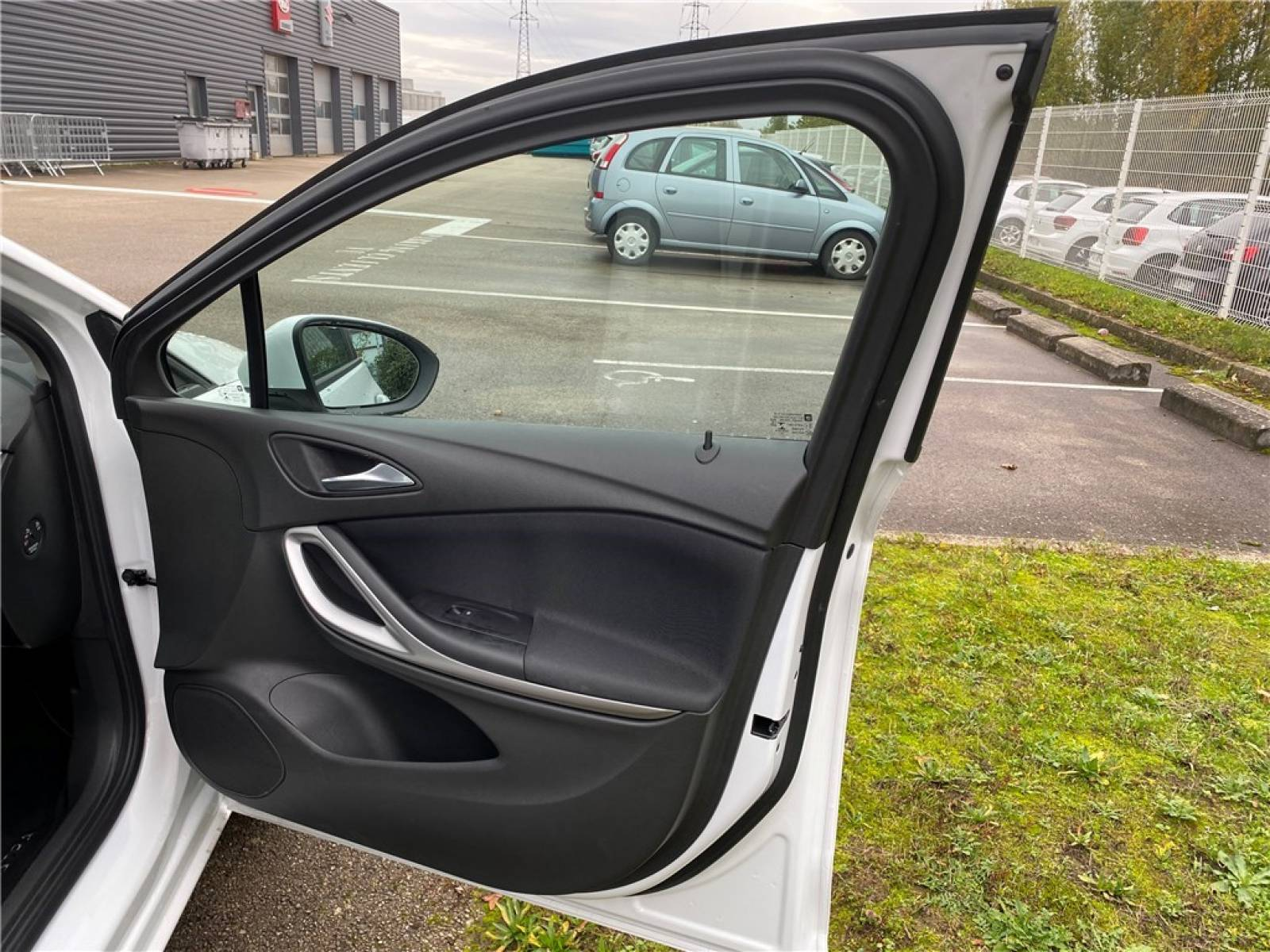 OPEL Astra 1.5 Diesel 105 ch BVM6 - véhicule d'occasion - Groupe Guillet - Opel Magicauto - Chalon-sur-Saône - 71380 - Saint-Marcel - 33