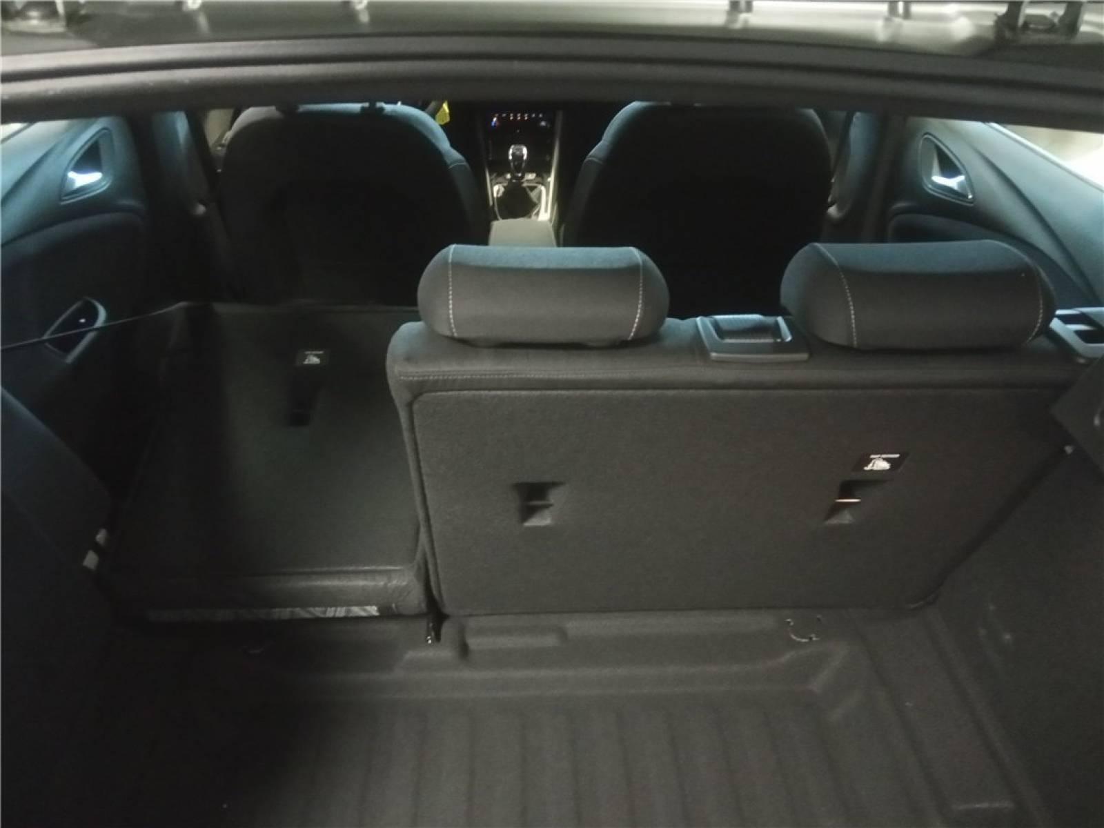 OPEL Astra 1.5 Diesel 105 ch BVM6 - véhicule d'occasion - Groupe Guillet - Opel Magicauto - Chalon-sur-Saône - 71380 - Saint-Marcel - 14