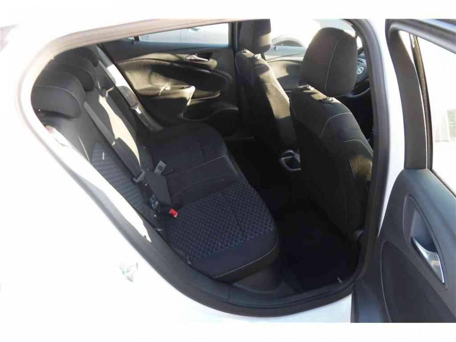 OPEL Astra 1.5 Diesel 122 ch BVM6 - véhicule d'occasion - Groupe Guillet - Opel Magicauto - Montceau-les-Mines - 71300 - Montceau-les-Mines - 15