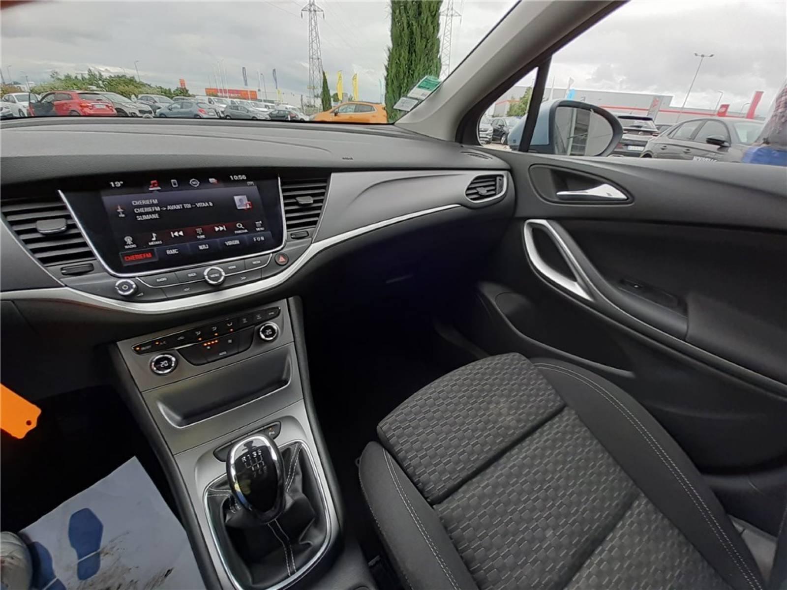 OPEL Astra Sports Tourer 1.6 CDTI 110 ch - véhicule d'occasion - Groupe Guillet - Opel Magicauto - Chalon-sur-Saône - 71380 - Saint-Marcel - 31