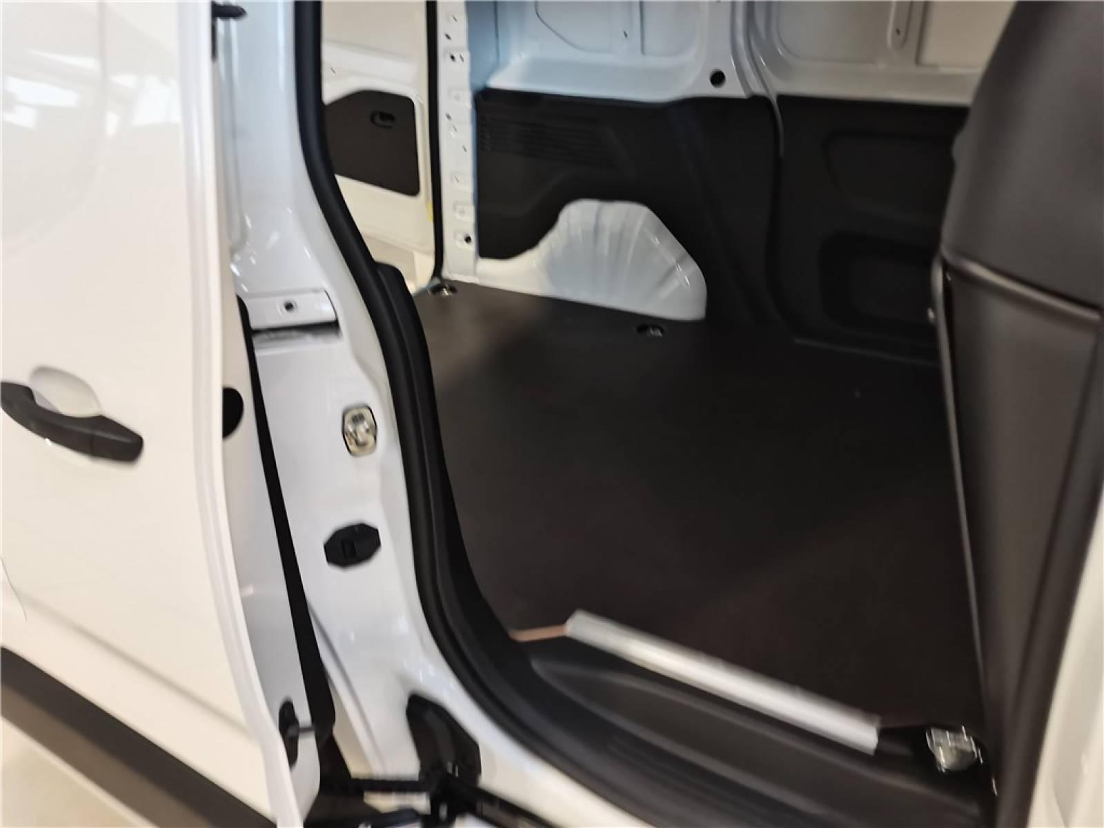 OPEL COMBO CARGO 1.5 100 CH L1H1 STANDARD - véhicule d'occasion - Groupe Guillet - Opel Magicauto - Chalon-sur-Saône - 71380 - Saint-Marcel - 15