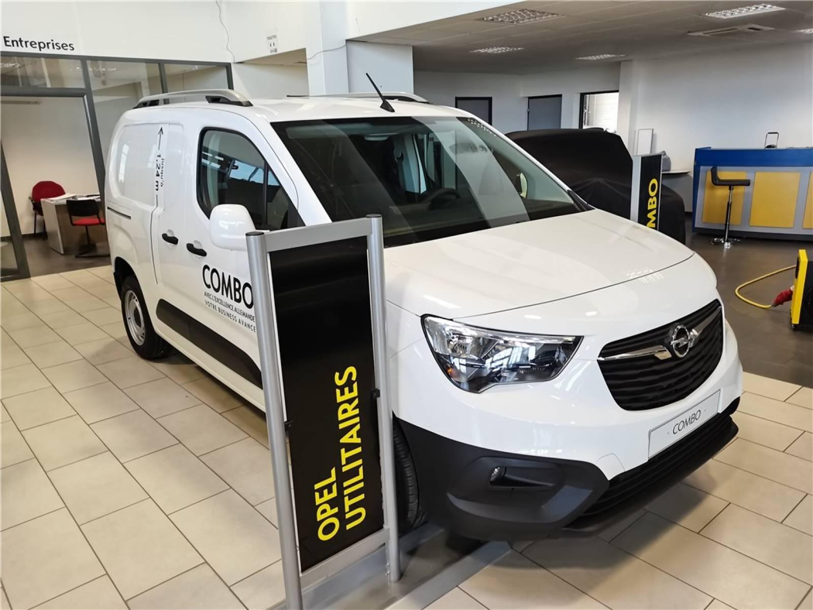 OPEL COMBO CARGO 1.5 100 CH L1H1 STANDARD - véhicule d'occasion - Groupe Guillet - Opel Magicauto - Chalon-sur-Saône - 71380 - Saint-Marcel - 19