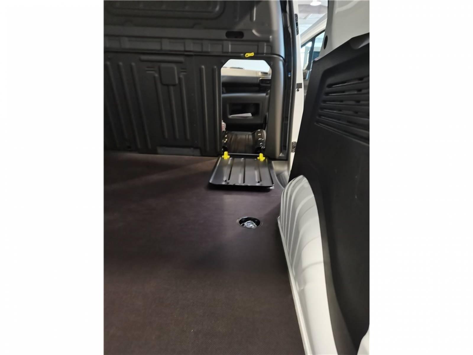 OPEL COMBO CARGO 1.5 100 CH L1H1 STANDARD - véhicule d'occasion - Groupe Guillet - Opel Magicauto - Chalon-sur-Saône - 71380 - Saint-Marcel - 10