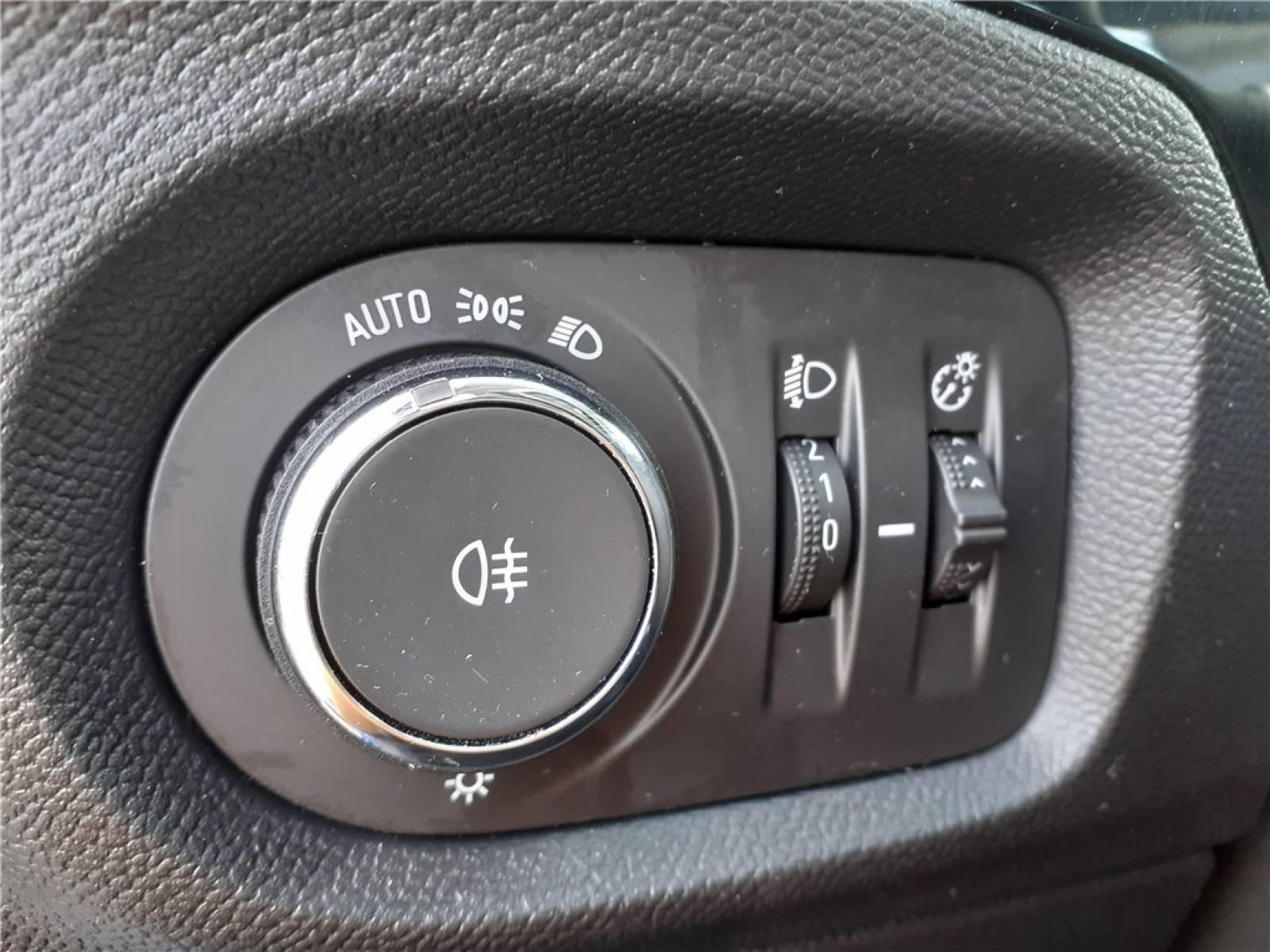 OPEL Corsa 1.2 75 ch BVM5 - véhicule d'occasion - Groupe Guillet - Opel Magicauto - Chalon-sur-Saône - 71380 - Saint-Marcel - 23