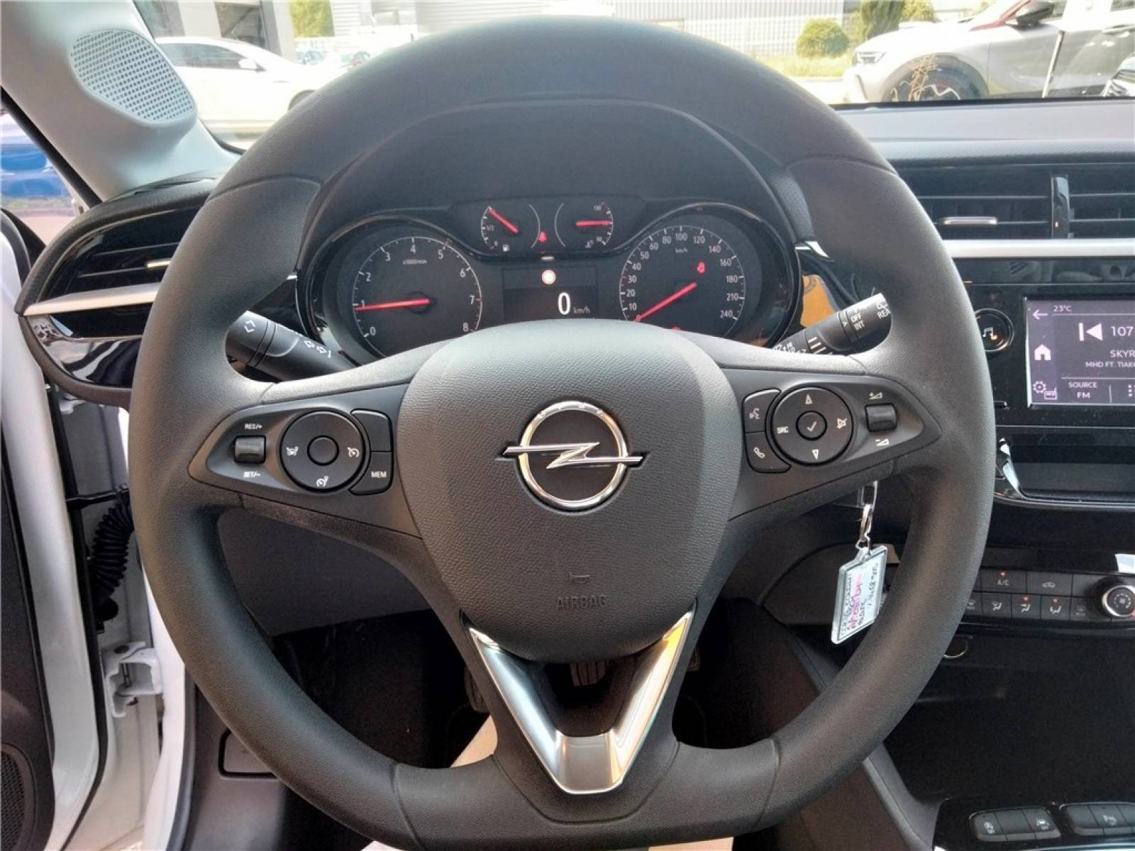 OPEL Corsa 1.2 75 ch BVM5 - véhicule d'occasion - Groupe Guillet - Opel Magicauto - Chalon-sur-Saône - 71380 - Saint-Marcel - 32