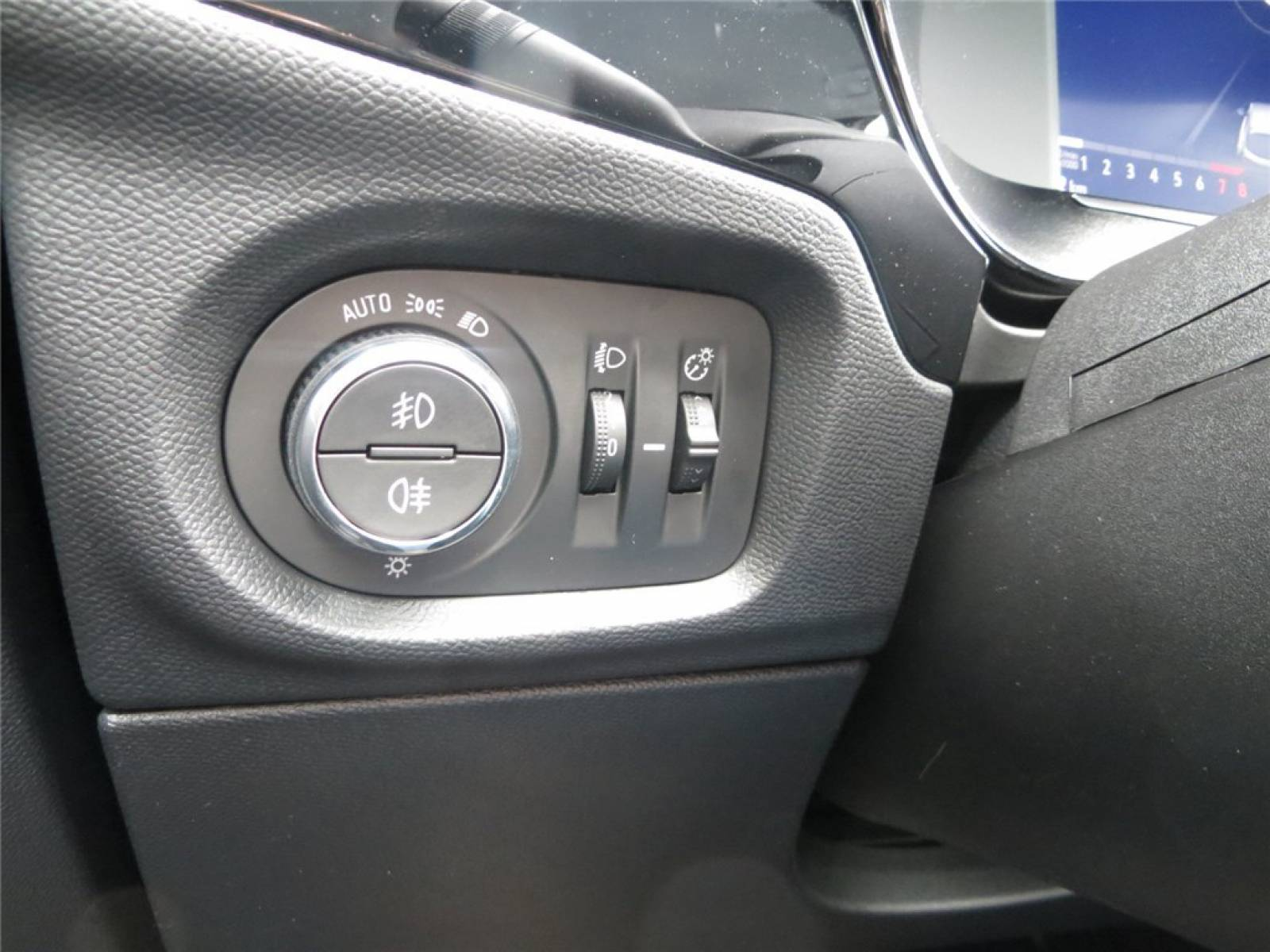 OPEL Corsa 1.2 Turbo 100 ch BVM6 - véhicule d'occasion - Groupe Guillet - Opel Magicauto - Chalon-sur-Saône - 71380 - Saint-Marcel - 15