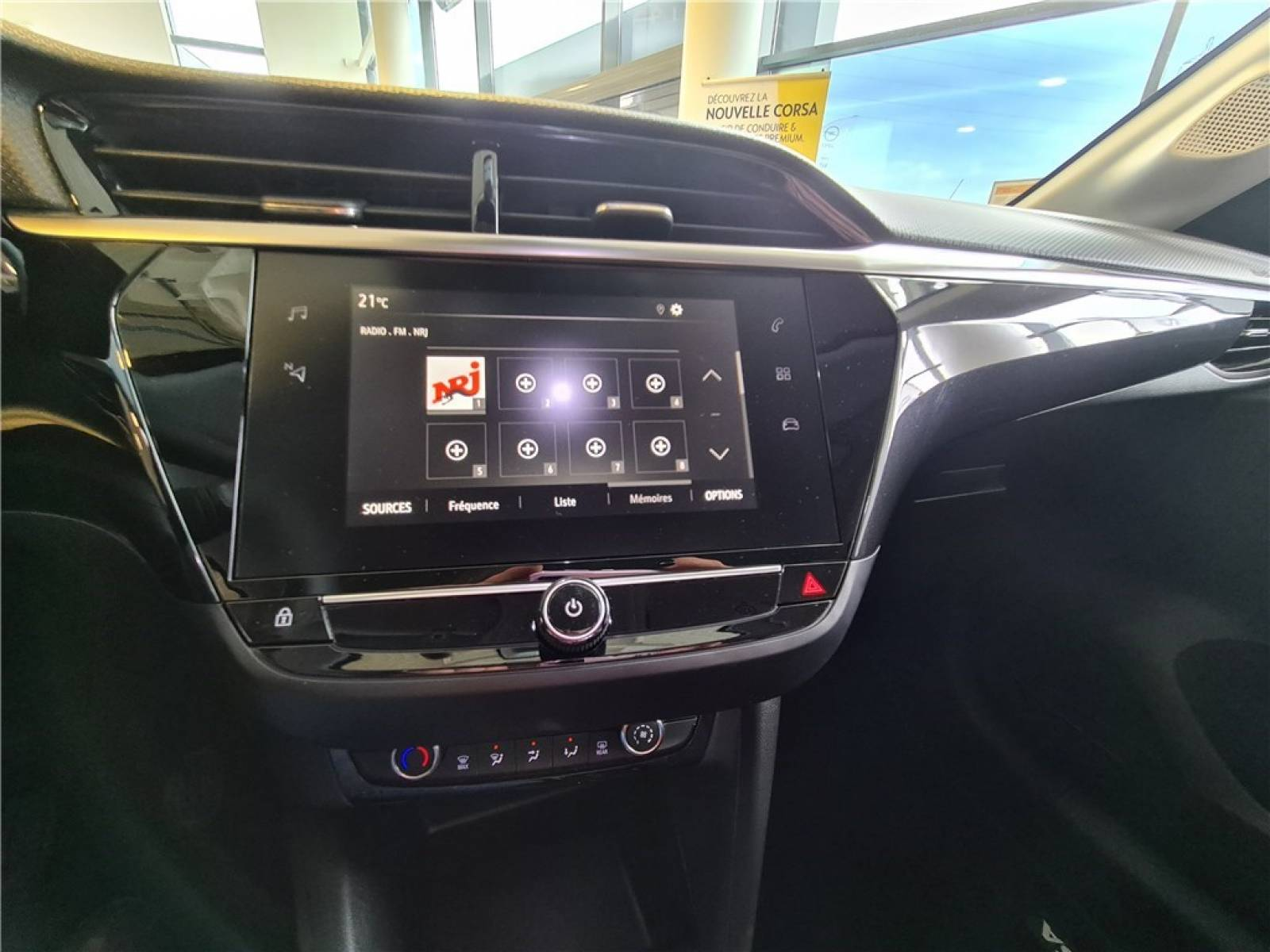 OPEL Corsa 1.2 Turbo 100 ch BVM6 - véhicule d'occasion - Groupe Guillet - Opel Magicauto - Chalon-sur-Saône - 71380 - Saint-Marcel - 28