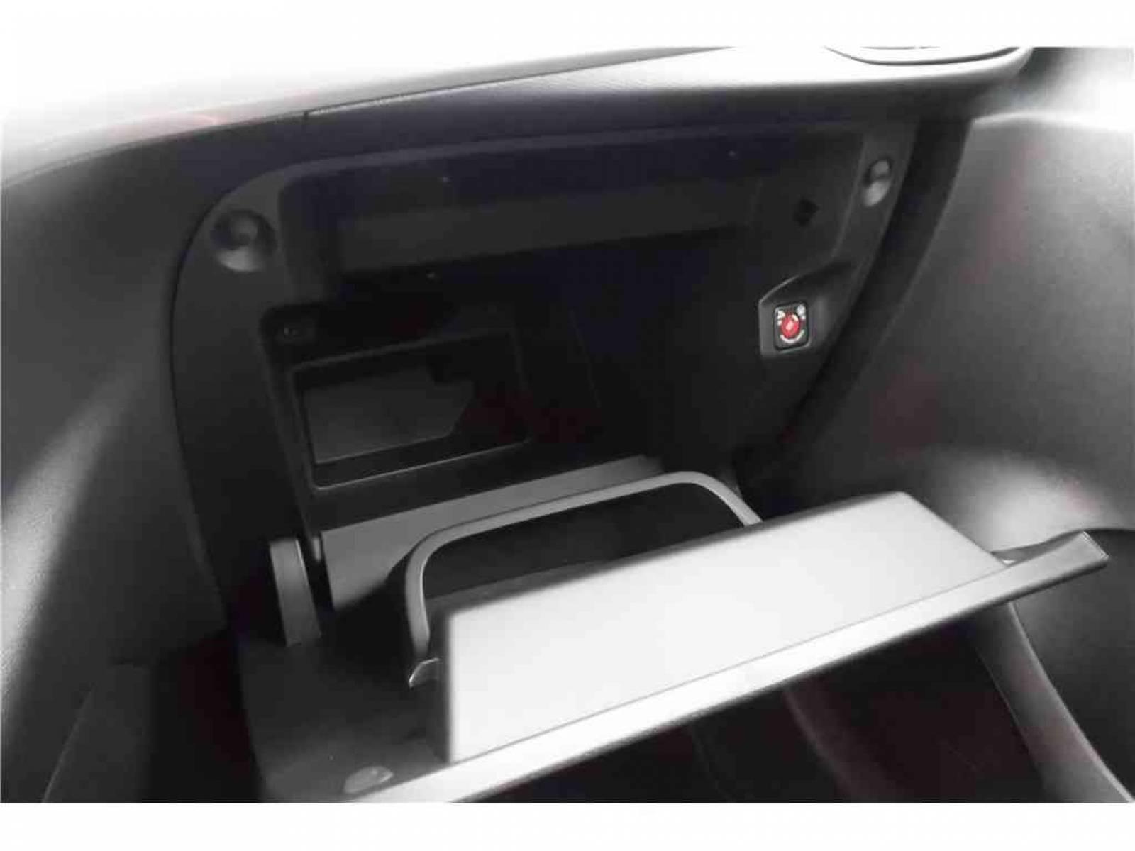 OPEL Corsa 1.2 Turbo 100 ch BVM6 - véhicule d'occasion - Groupe Guillet - Chalon Automobiles - 71100 - Chalon-sur-Saône - 2