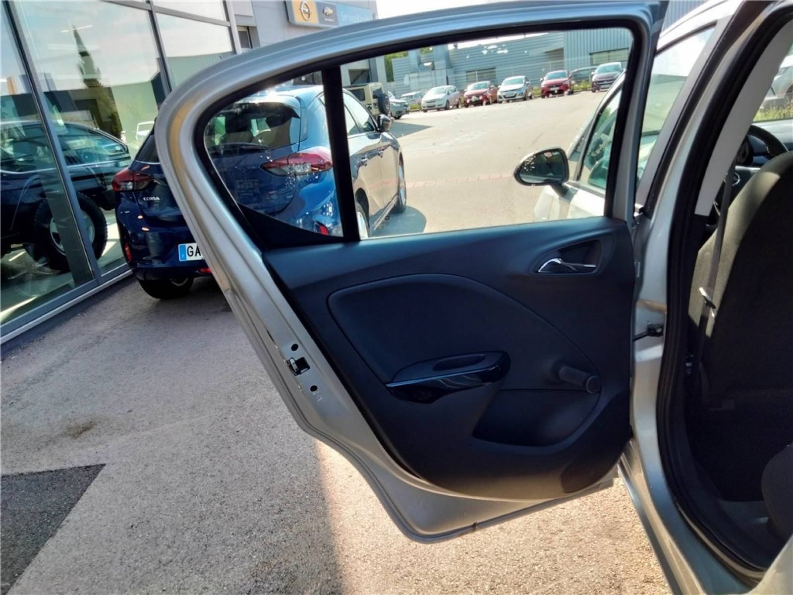 OPEL Corsa 1.4 90 ch - véhicule d'occasion - Groupe Guillet - Opel Magicauto - Montceau-les-Mines - 71300 - Montceau-les-Mines - 15