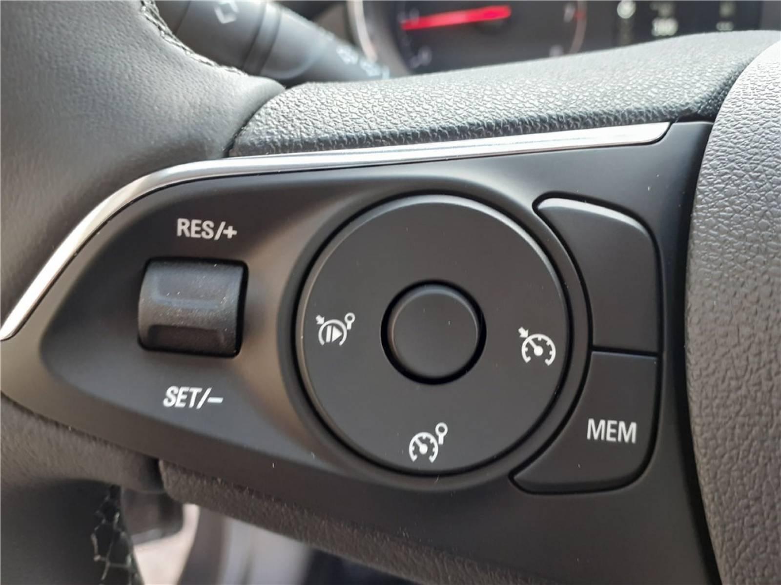 OPEL Crossland 1.5 D 110 ch BVM6 - véhicule d'occasion - Groupe Guillet - Opel Magicauto - Montceau-les-Mines - 71300 - Montceau-les-Mines - 26