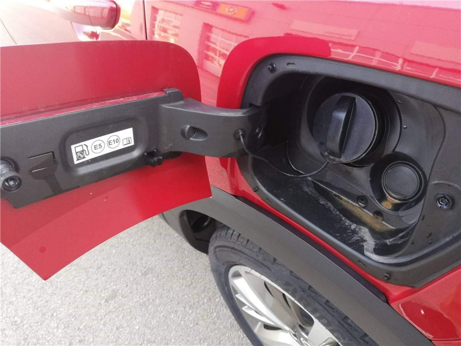 OPEL Crossland X 1.2 Turbo 110 ch - véhicule d'occasion - Groupe Guillet - Opel Magicauto - Chalon-sur-Saône - 71380 - Saint-Marcel - 7