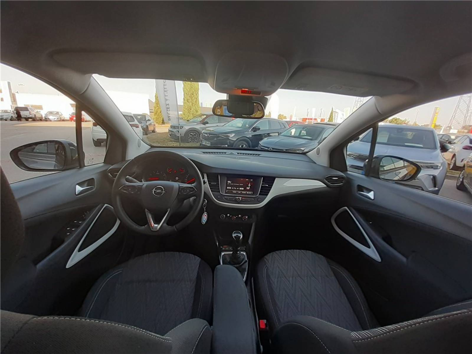 OPEL Crossland X 1.2 Turbo 130 ch - véhicule d'occasion - Groupe Guillet - Opel Magicauto - Chalon-sur-Saône - 71380 - Saint-Marcel - 38