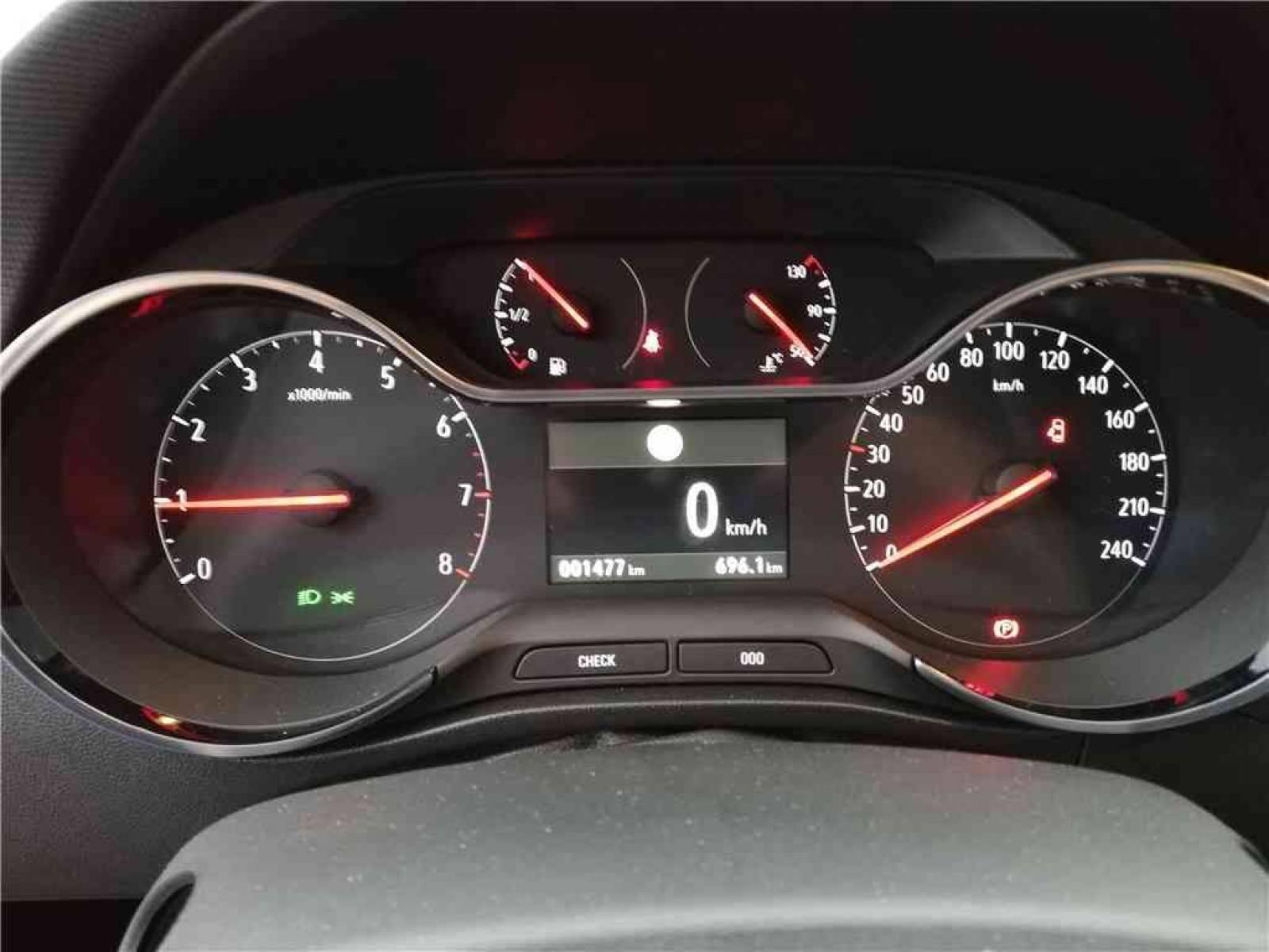 OPEL Crossland X 1.5 D 102 ch - véhicule d'occasion - Groupe Guillet - Opel Magicauto - Montceau-les-Mines - 71300 - Montceau-les-Mines - 15
