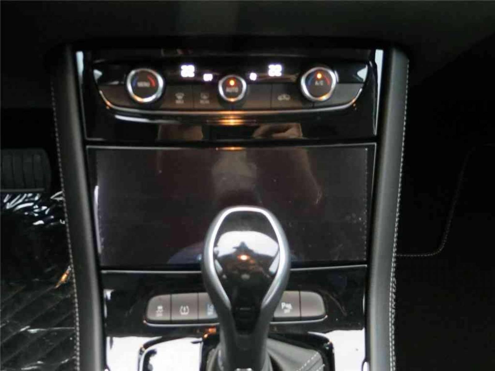 OPEL Grandland X 1.5 Diesel 130 ch BVA8 - véhicule d'occasion - Groupe Guillet - Opel Magicauto - Chalon-sur-Saône - 71380 - Saint-Marcel - 31