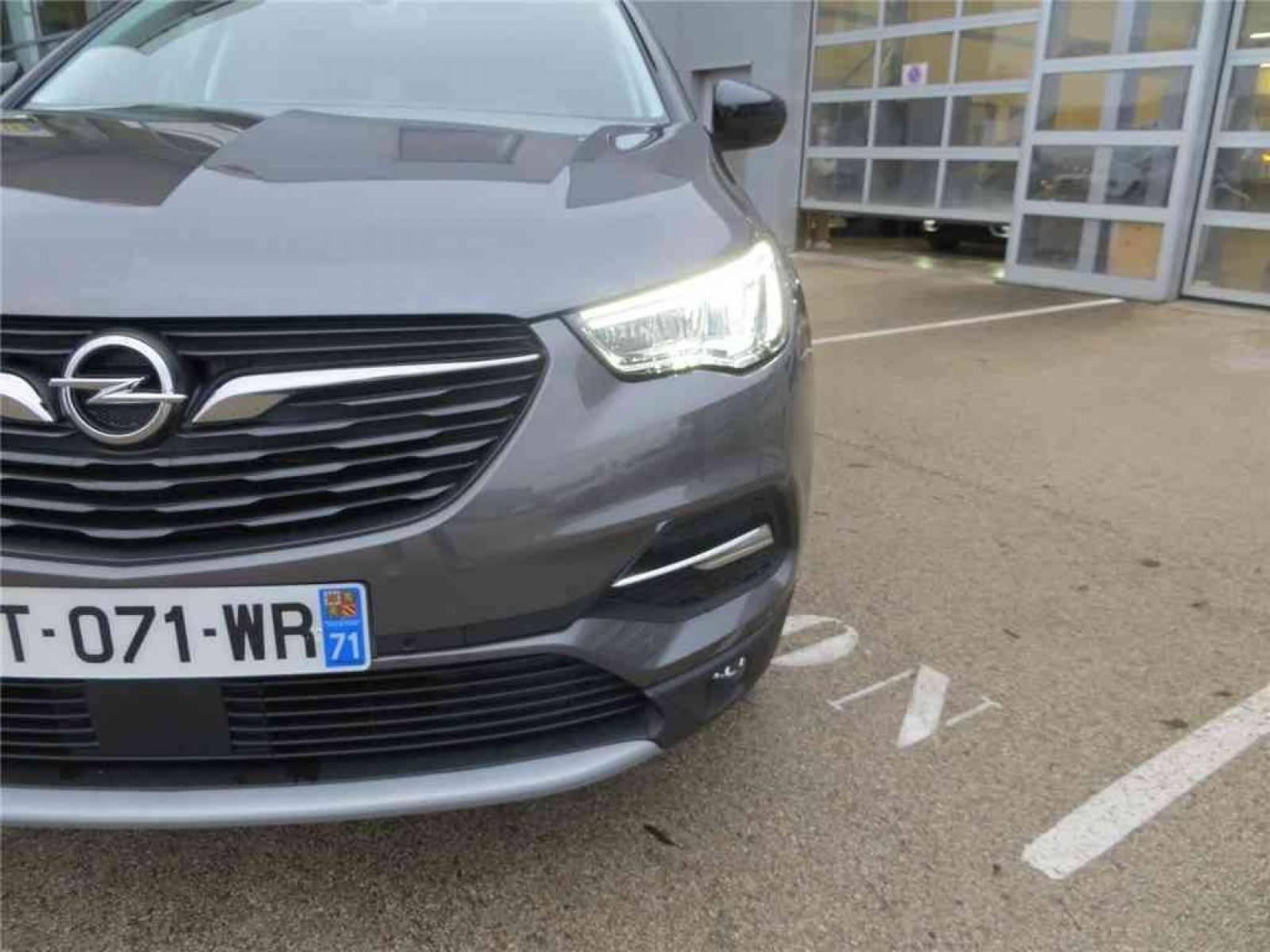 OPEL Grandland X 1.5 Diesel 130 ch BVA8 - véhicule d'occasion - Groupe Guillet - Opel Magicauto - Montceau-les-Mines - 71300 - Montceau-les-Mines - 4