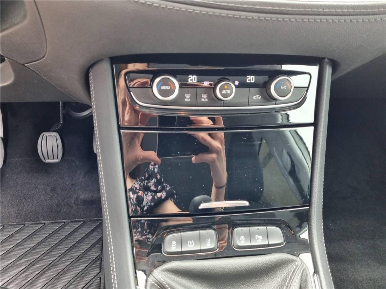OPEL Grandland X 1.5 Diesel 130 ch - véhicule d'occasion - Groupe Guillet - Opel Magicauto - Montceau-les-Mines - 71300 - Montceau-les-Mines - 39