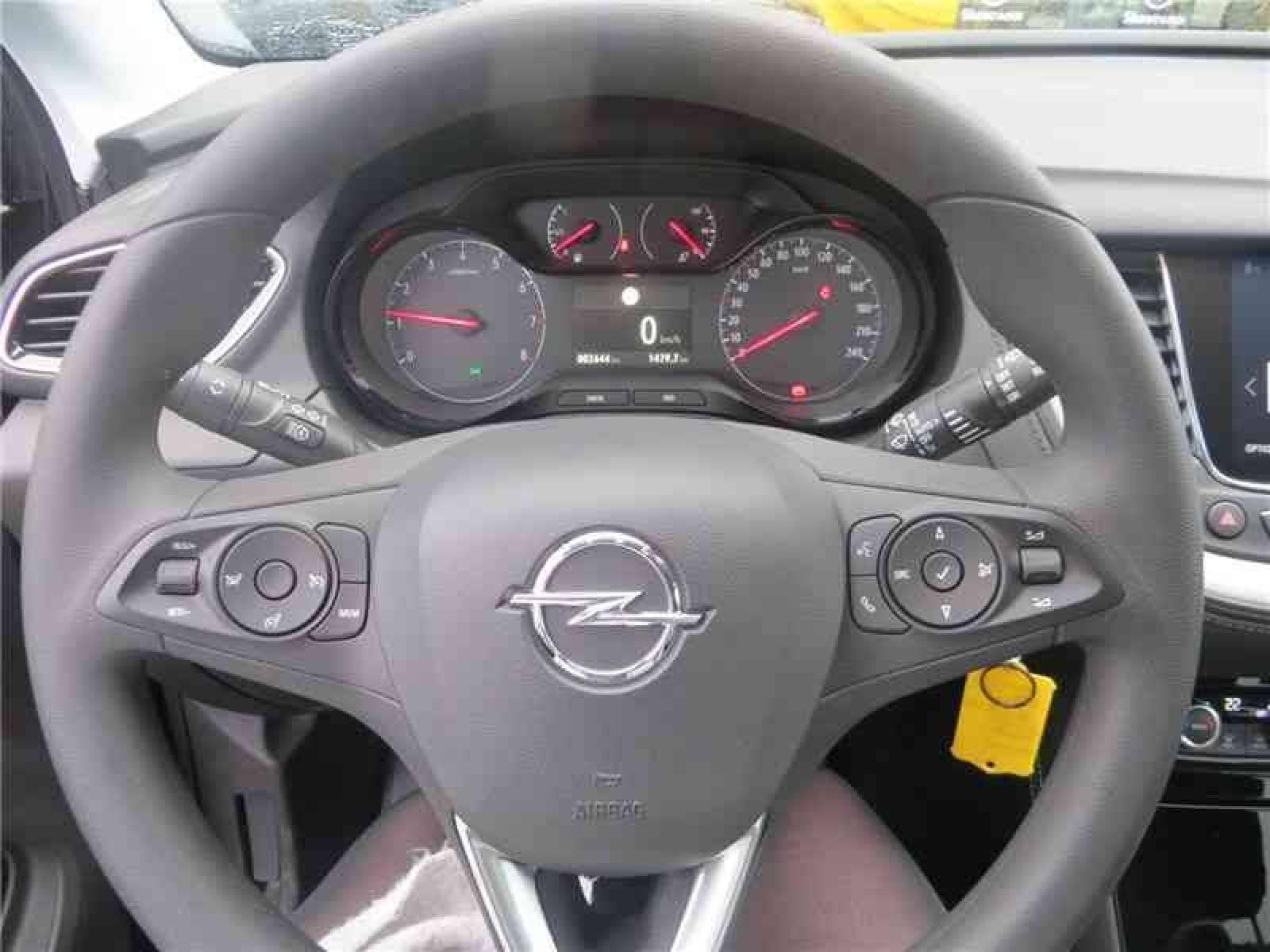OPEL Grandland X Business 1.2 Turbo 130 ch ECOTEC - véhicule d'occasion - Groupe Guillet - Opel Magicauto - Montceau-les-Mines - 71300 - Montceau-les-Mines - 9