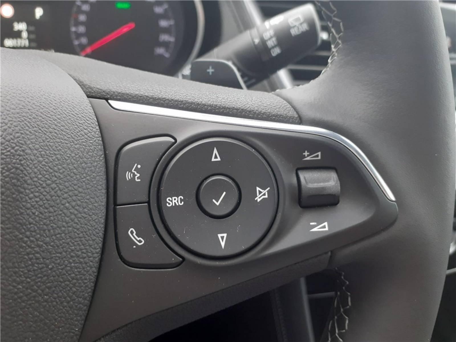 OPEL Grandland X Hybrid 225 ch BVA8 - véhicule d'occasion - Groupe Guillet - Opel Magicauto - Chalon-sur-Saône - 71380 - Saint-Marcel - 42