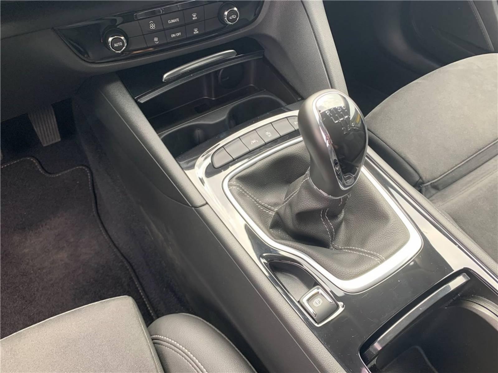 OPEL Insignia Grand Sport 1.6 Diesel 136 ch - véhicule d'occasion - Groupe Guillet - Opel Magicauto - Montceau-les-Mines - 71300 - Montceau-les-Mines - 17