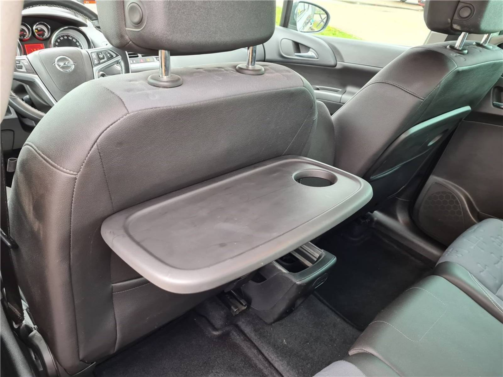 OPEL Meriva 1.6 CDTI - 110 ch Start/Stop - véhicule d'occasion - Groupe Guillet - Opel Magicauto - Chalon-sur-Saône - 71380 - Saint-Marcel - 26
