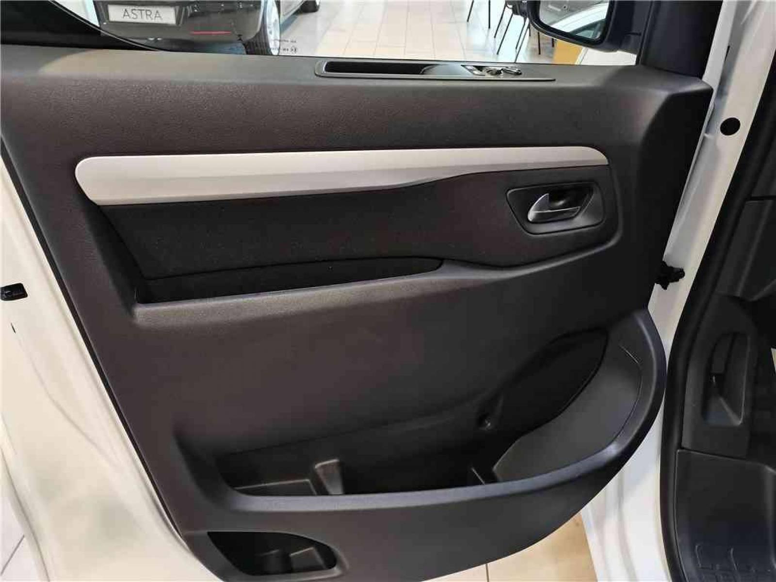 OPEL VIVARO CA FIXE L2 2.0 DIESEL 120 CH PTAC AUGMENTE - véhicule d'occasion - Groupe Guillet - Opel Magicauto - Chalon-sur-Saône - 71380 - Saint-Marcel - 19